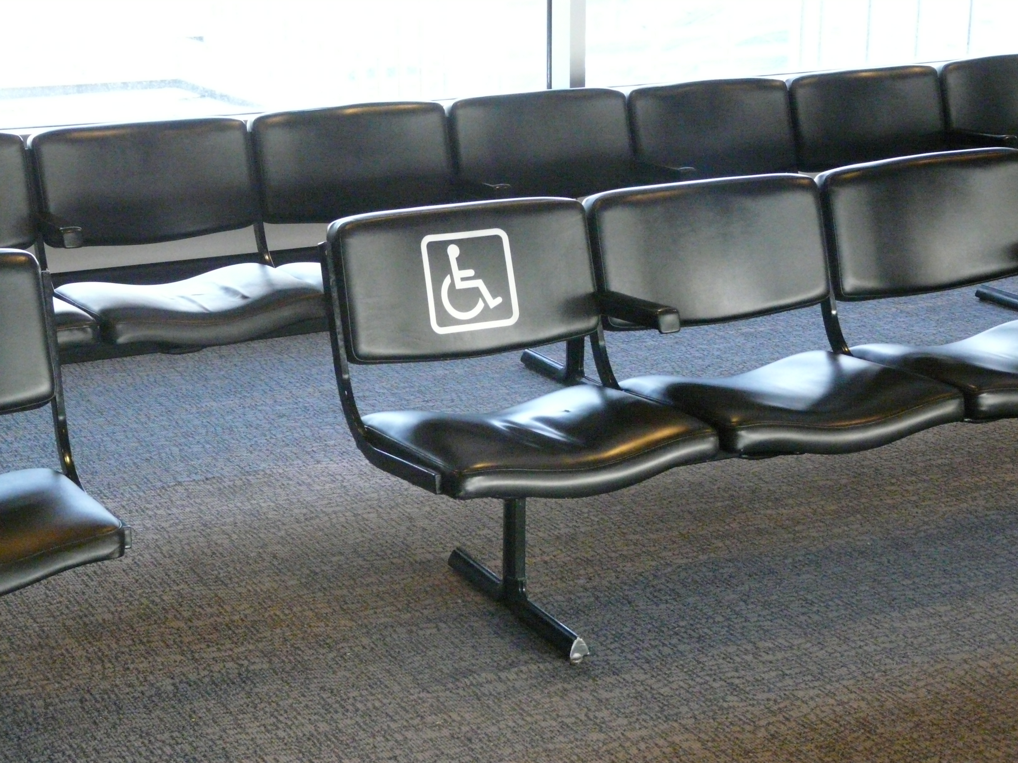 File:O\'Hare - chair for handicapped.JPG - Wikimedia Commons
