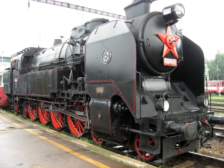 File:Parní lokomotiva 464 v Havlíčkově Brodě (1).jpg