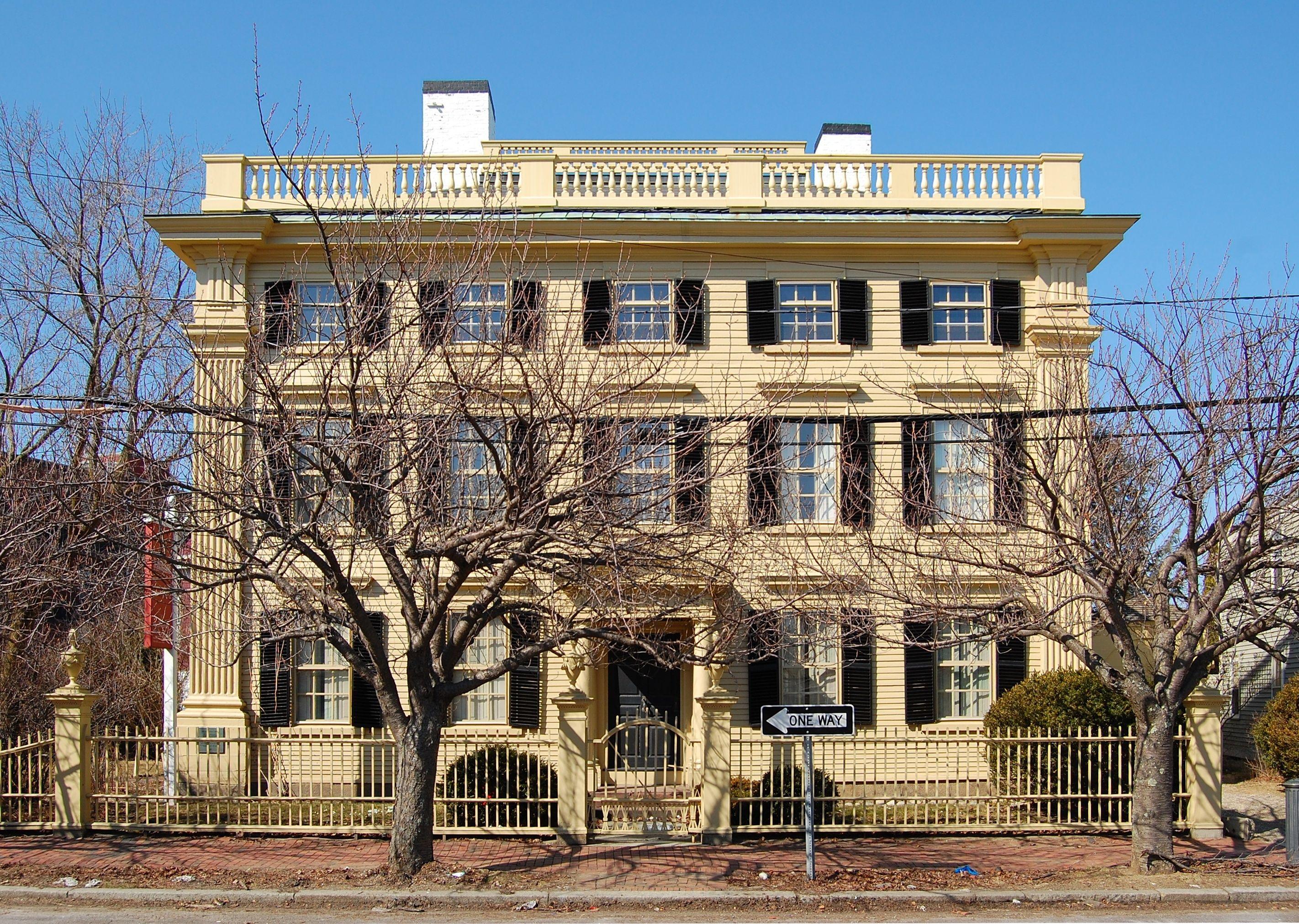 Peirce-Nichols House.jpg