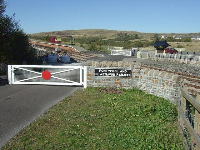 Pontypool and Blaenavon Railway Crossing - geograph.org.uk - 579896
