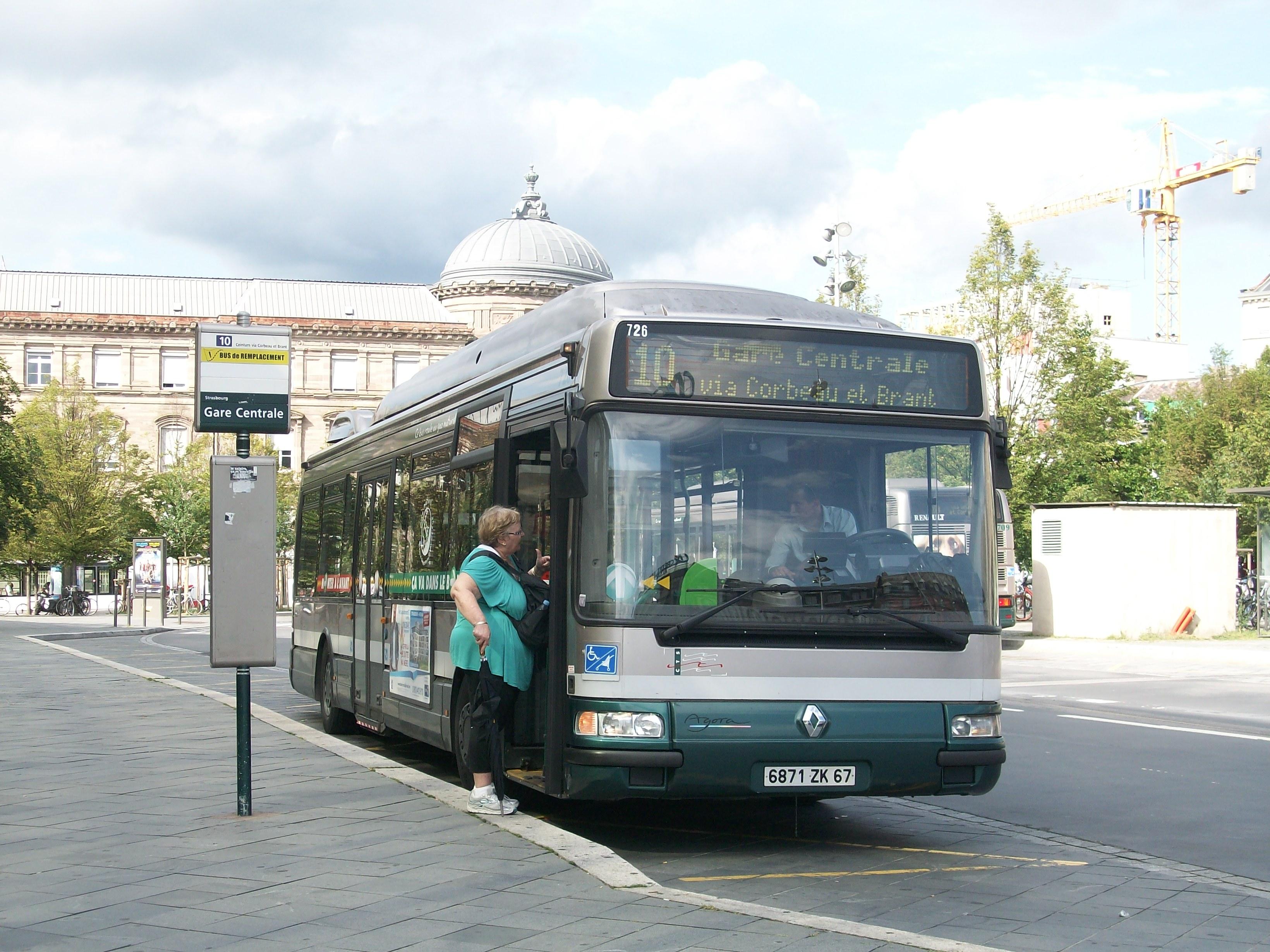 file renault agora s gnv bus 10 strasbourg 2012 jpg wikimedia commons. Black Bedroom Furniture Sets. Home Design Ideas
