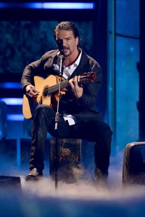 Ricardo Arjona en los Premios Lo Nuestro 2015.