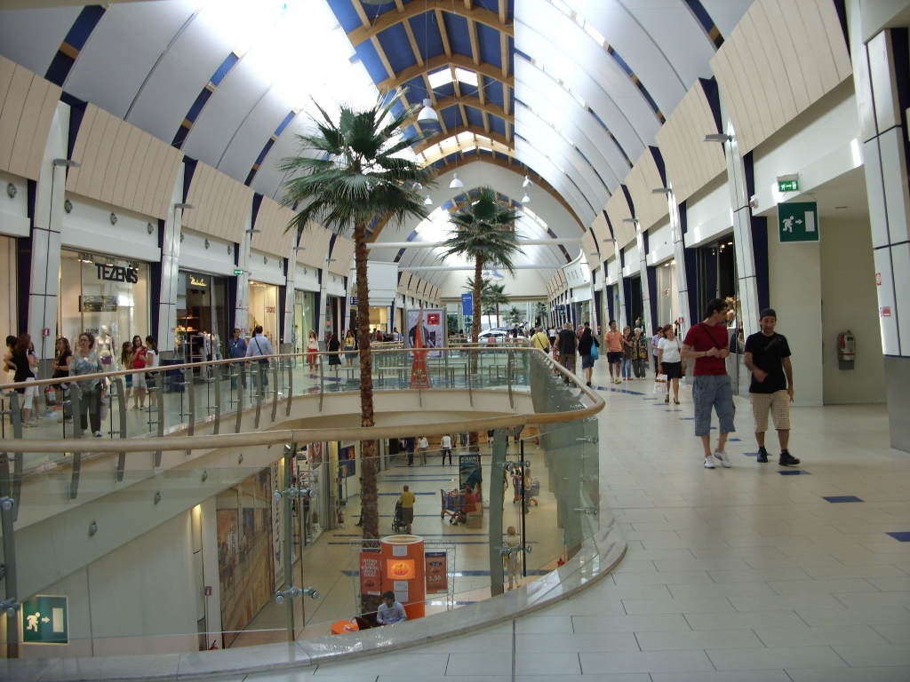 centro commerciale - photo #1