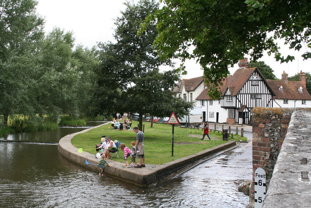 River Darent, Eynsford, Kent - geograph.org.uk - 516643