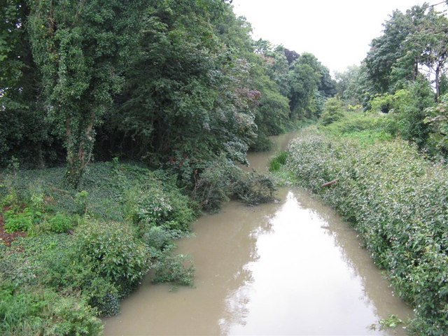 River Ouzel at Leighton Buzzard - geograph.org.uk - 956583