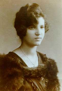 Rose Ausländer 1918
