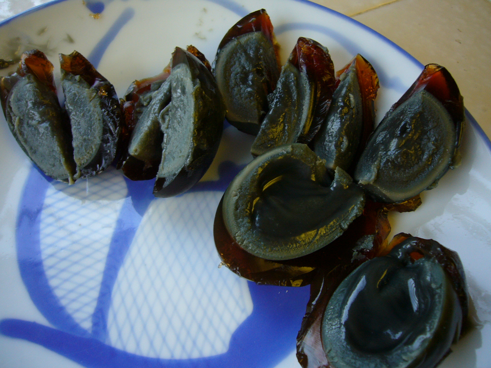 Sliced century egg by .Florian.jpg