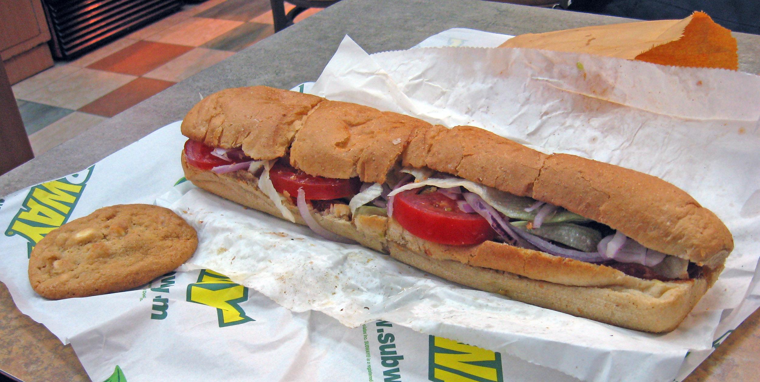 Subway Restaurant Near Millennium Park Chicago