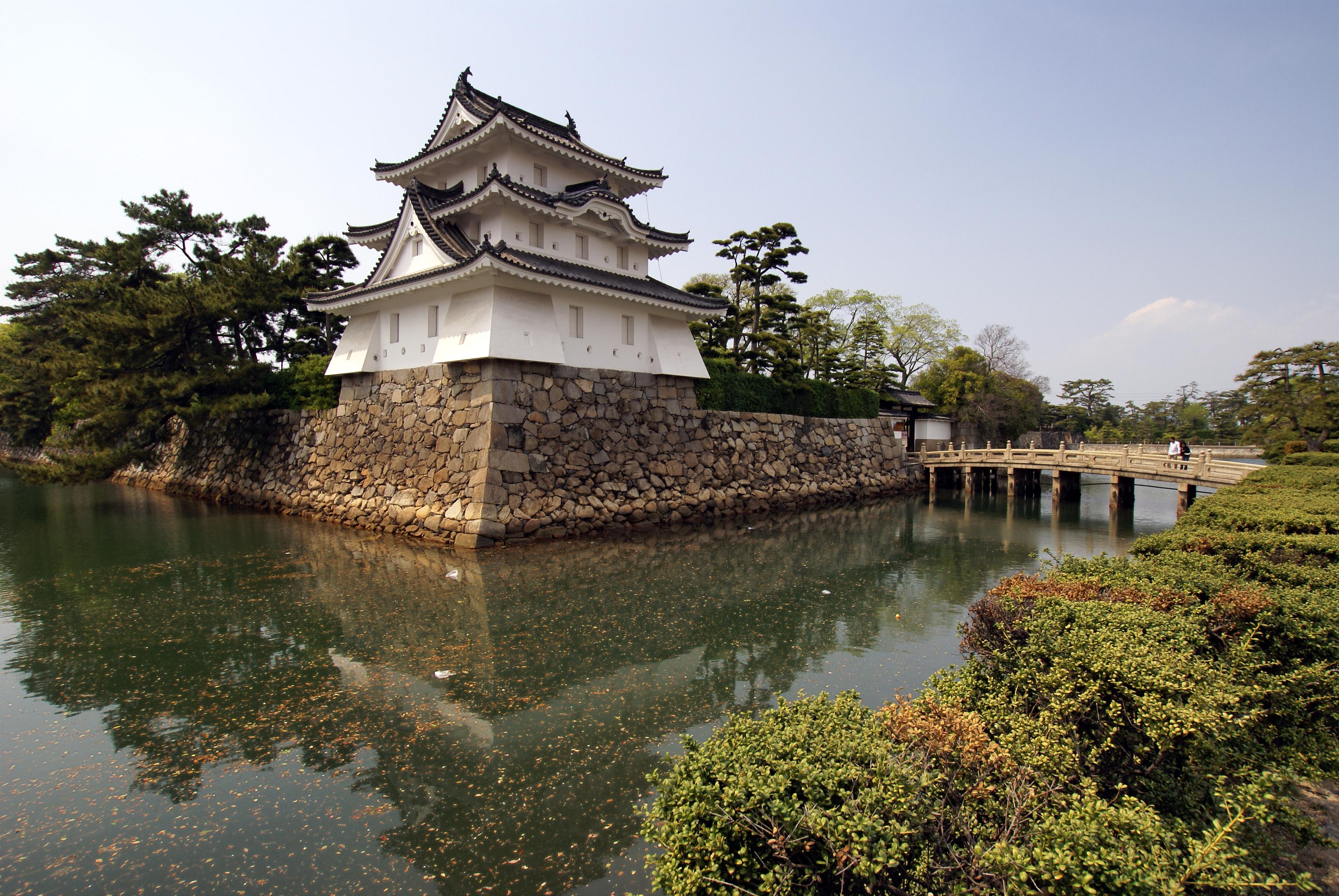 Takamatsu Japan  city pictures gallery : 日本のお城の構造名称についての質問です。 ・櫓の ...