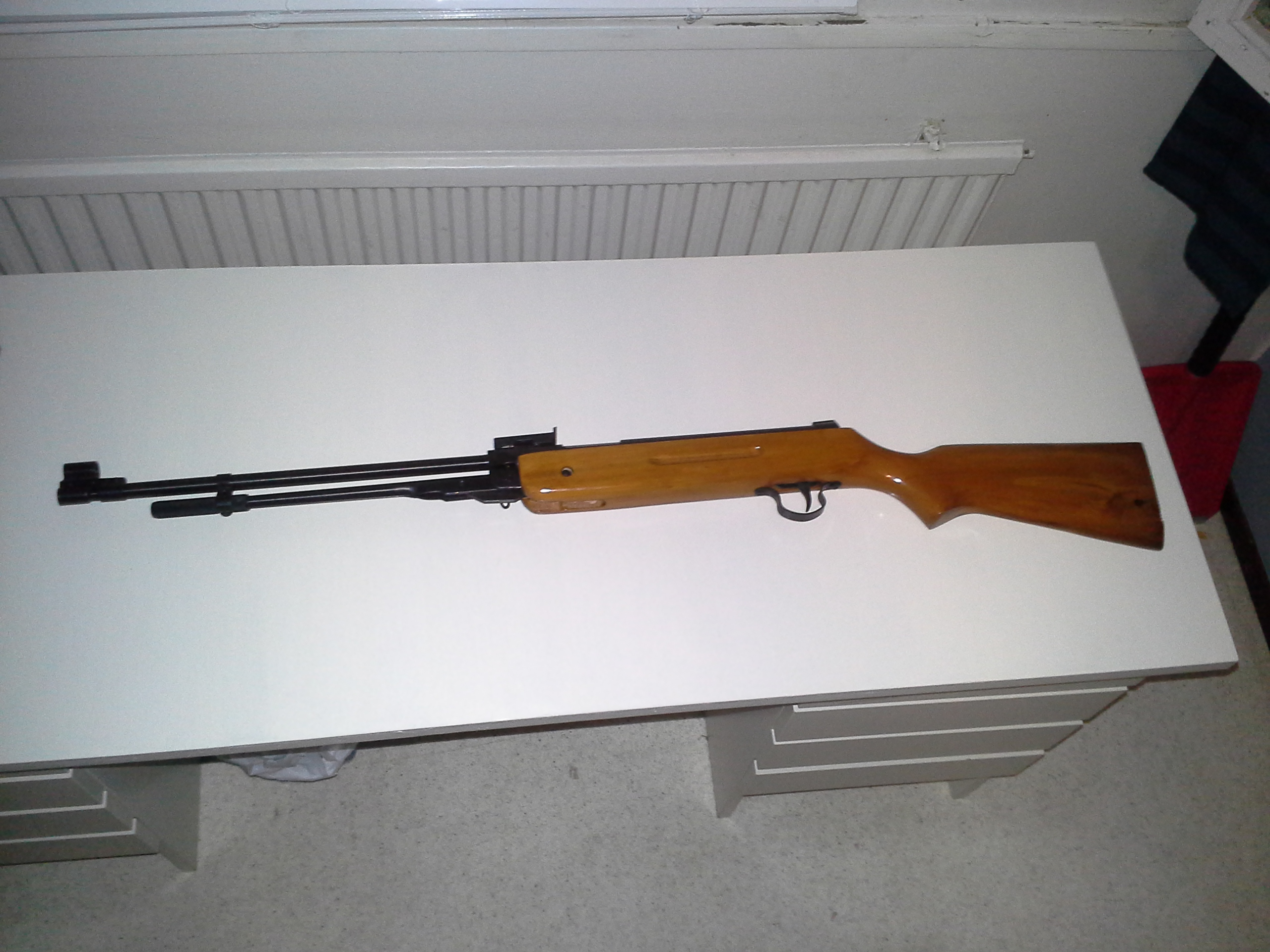 File:The Chinese made underlever airgun B3-1 2014-01-25 21
