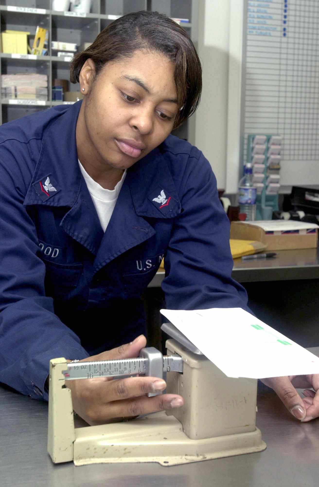 file us navy n j a u s navy postal clerk checks file us navy 030119 n 8273j 003 a u s navy postal clerk