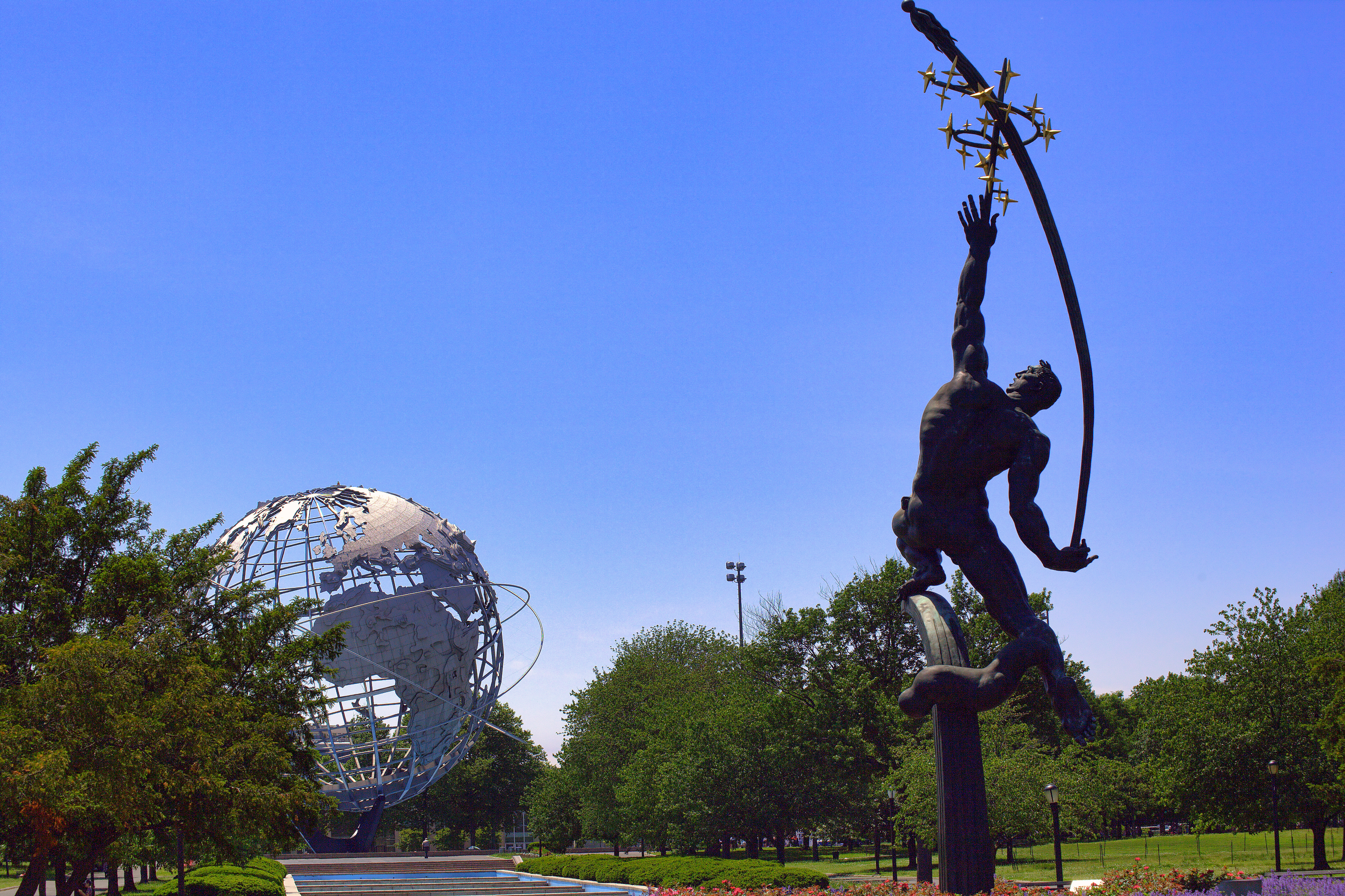 Rocket Thrower (1963) at Flushing Meadows–Corona Park