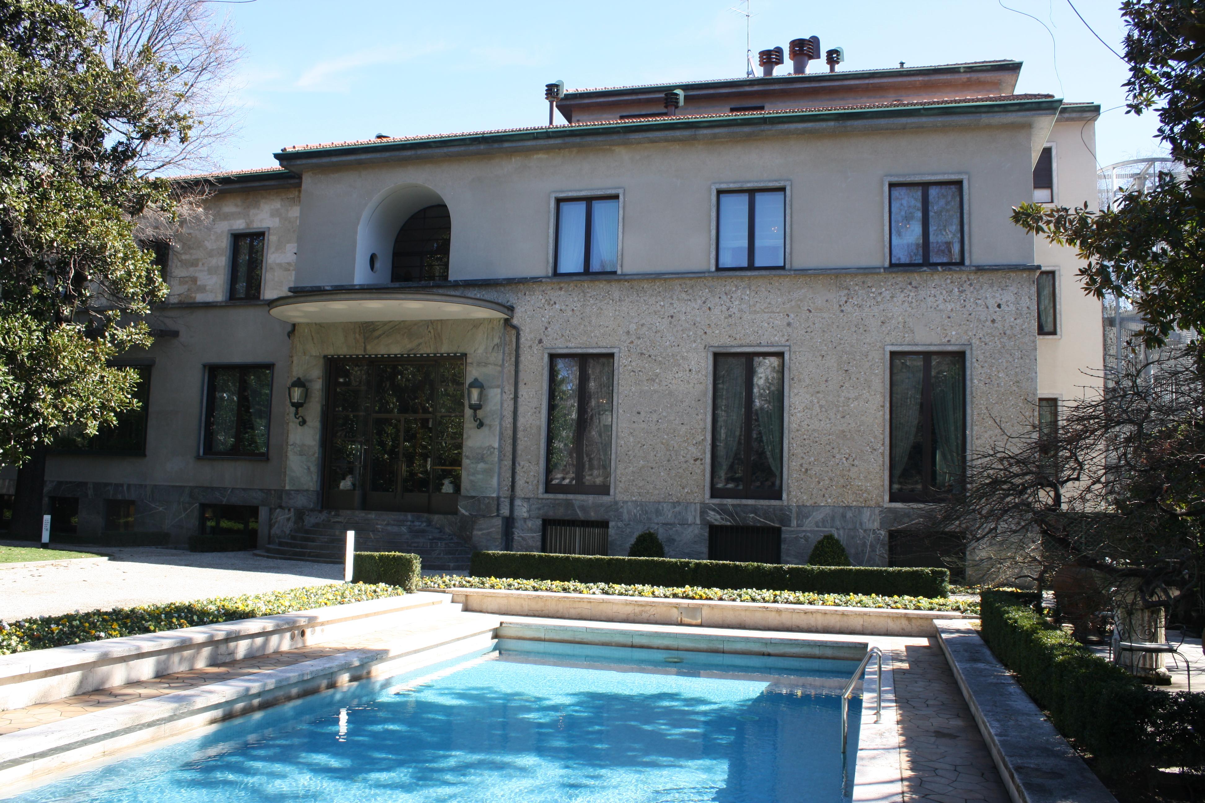 Villa necchi campiglio milano su itmap for Villa necchi campiglio milano