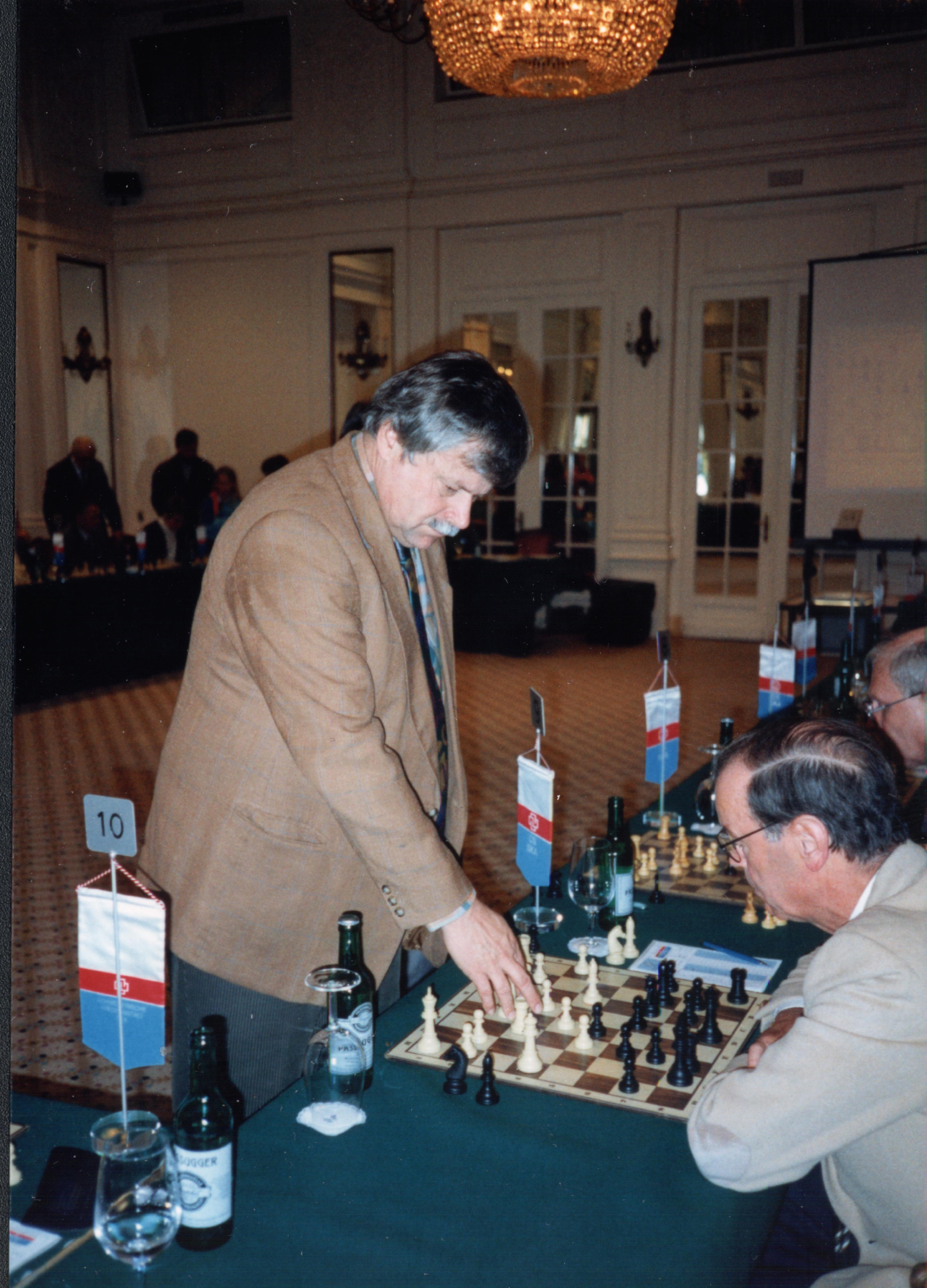 Grandmaster Vlastimil Hort giving a simultaneous exhibition, 1997