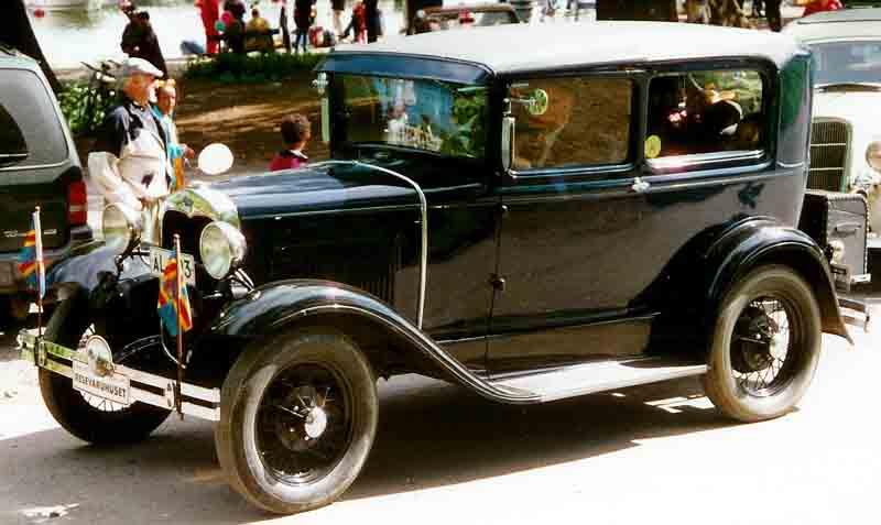 file 1930 ford model a 55b tudor sedan l wikimedia mons 55 Ford Sedan Delivery file 1930 ford model a 55b tudor sedan l