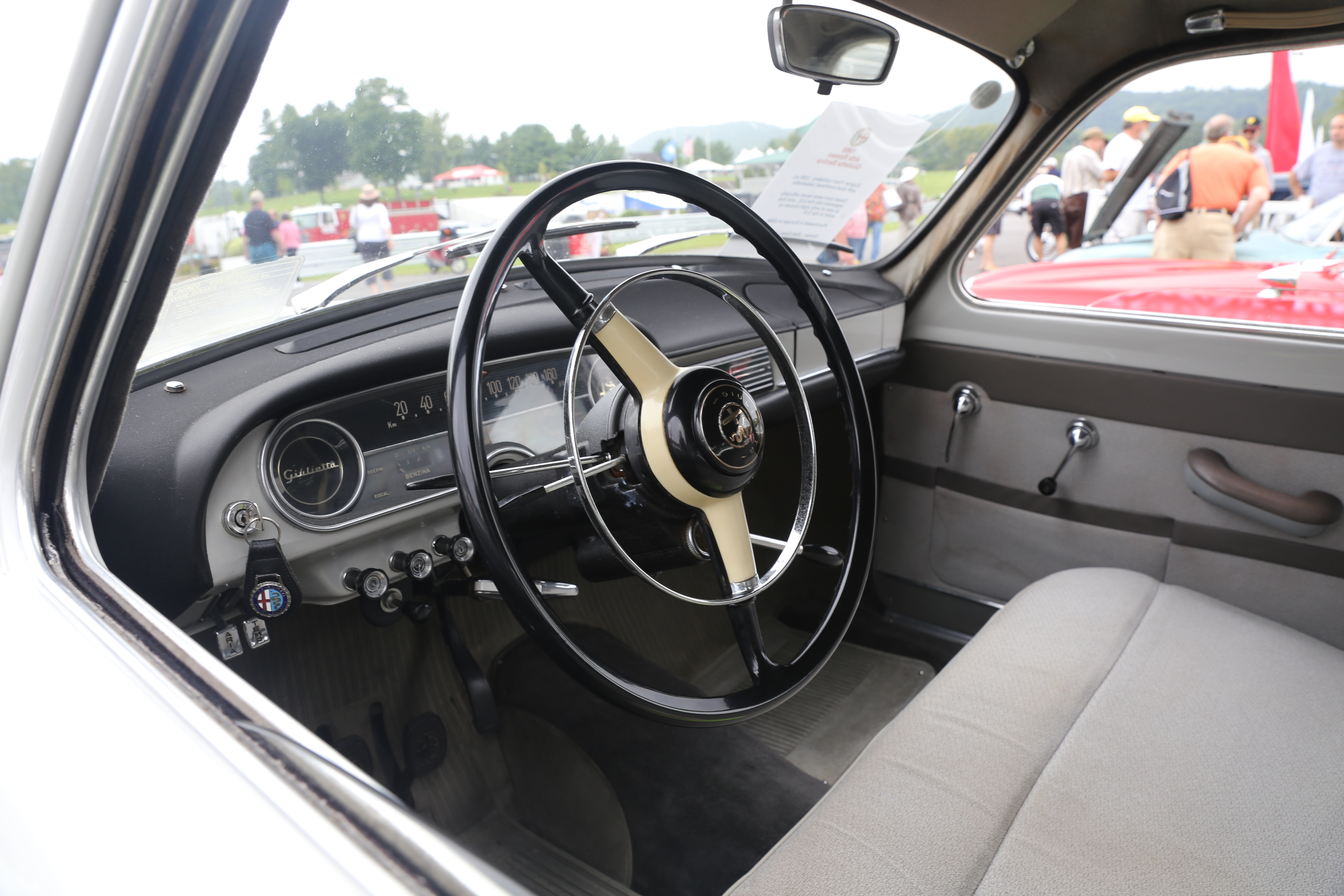 File 1960 Alfa Romeo Giulietta Berlina Normale 2nd series interior