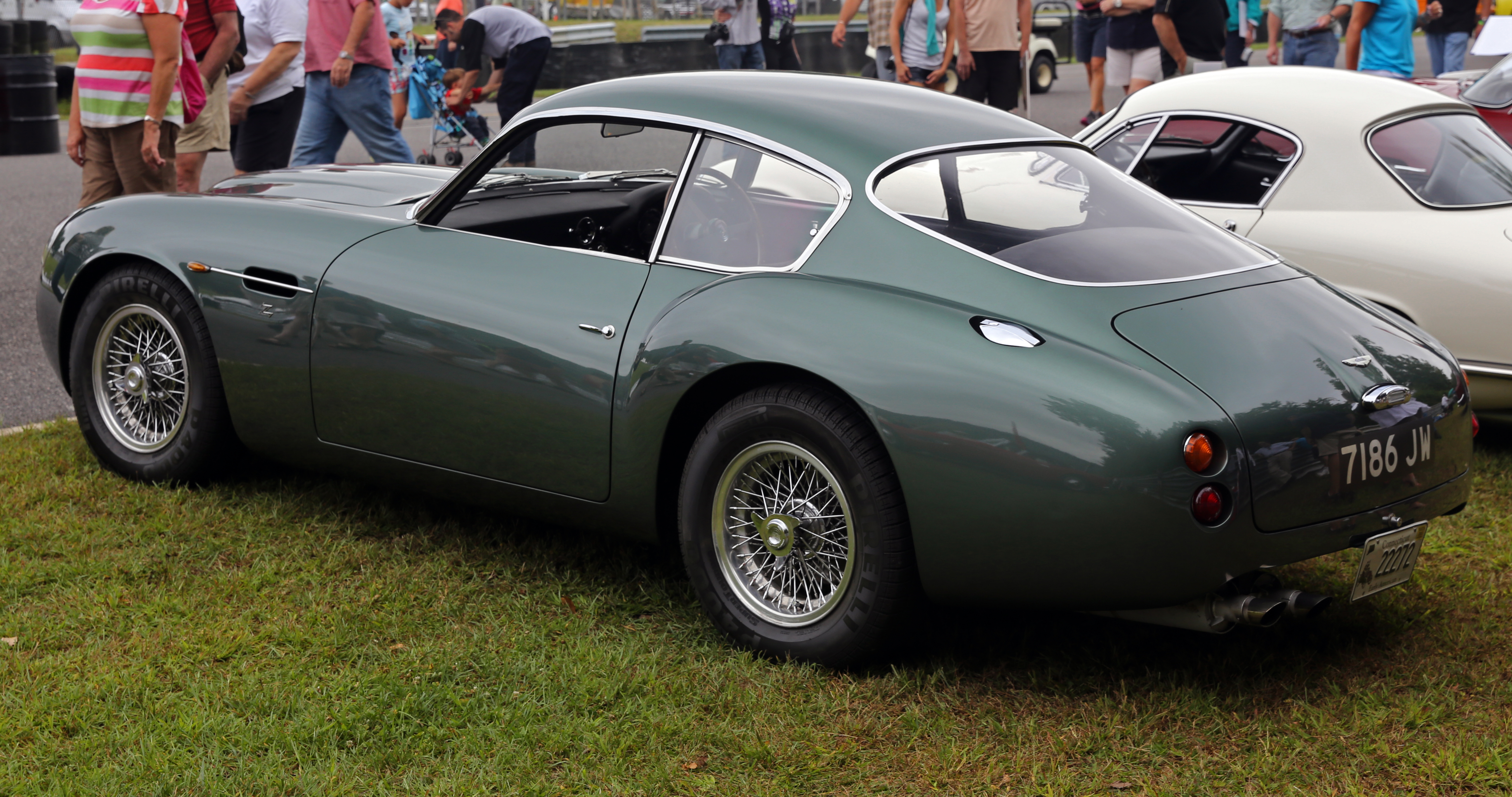 File 1961 And 1991 Aston Martin Db4 Gt Zagato Sanction Ii Rear Jpg Wikimedia Commons