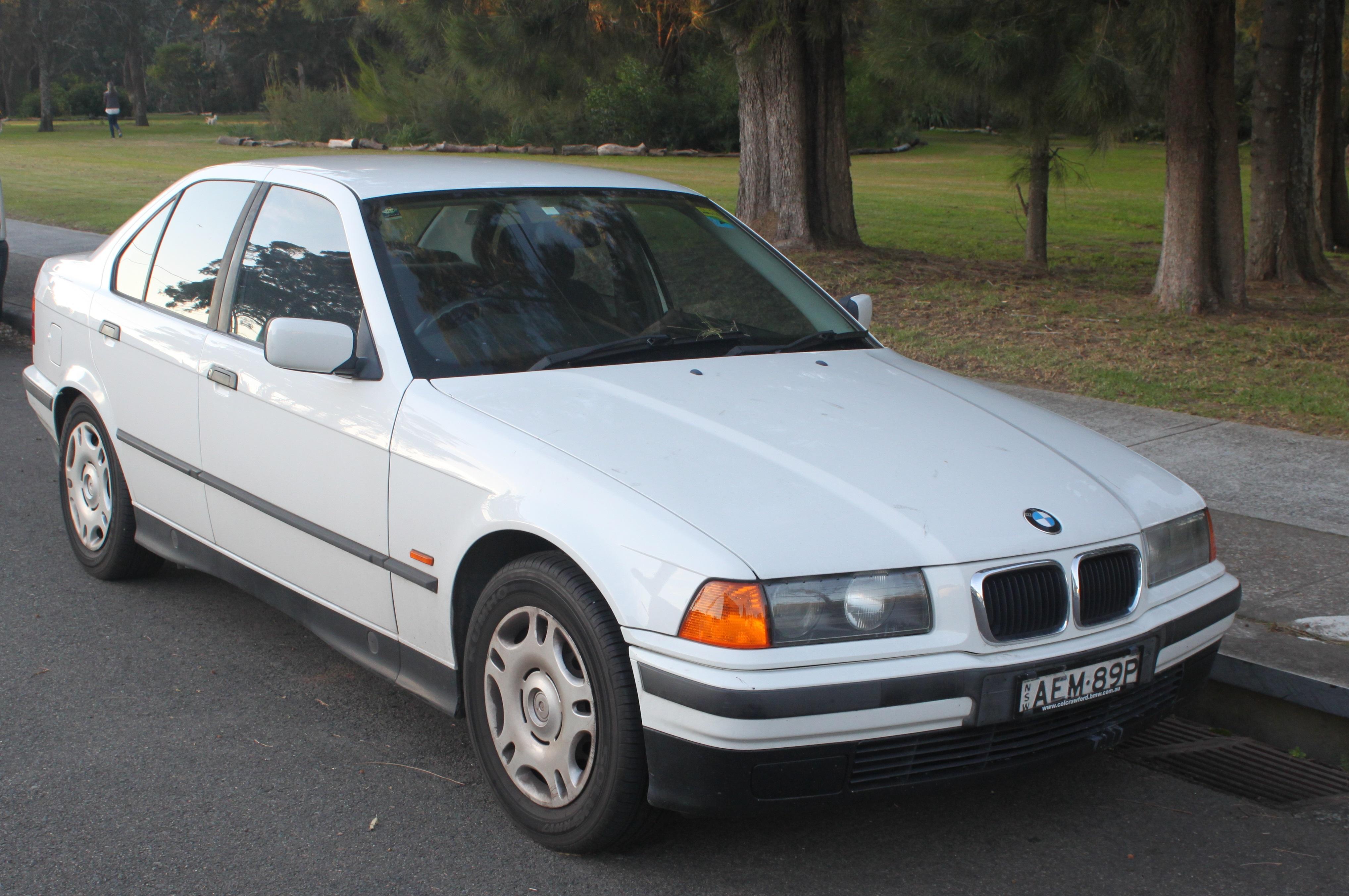 File 1997 Bmw 318i E36 Sedan 18555132392 Cropped Jpg Wikimedia Commons