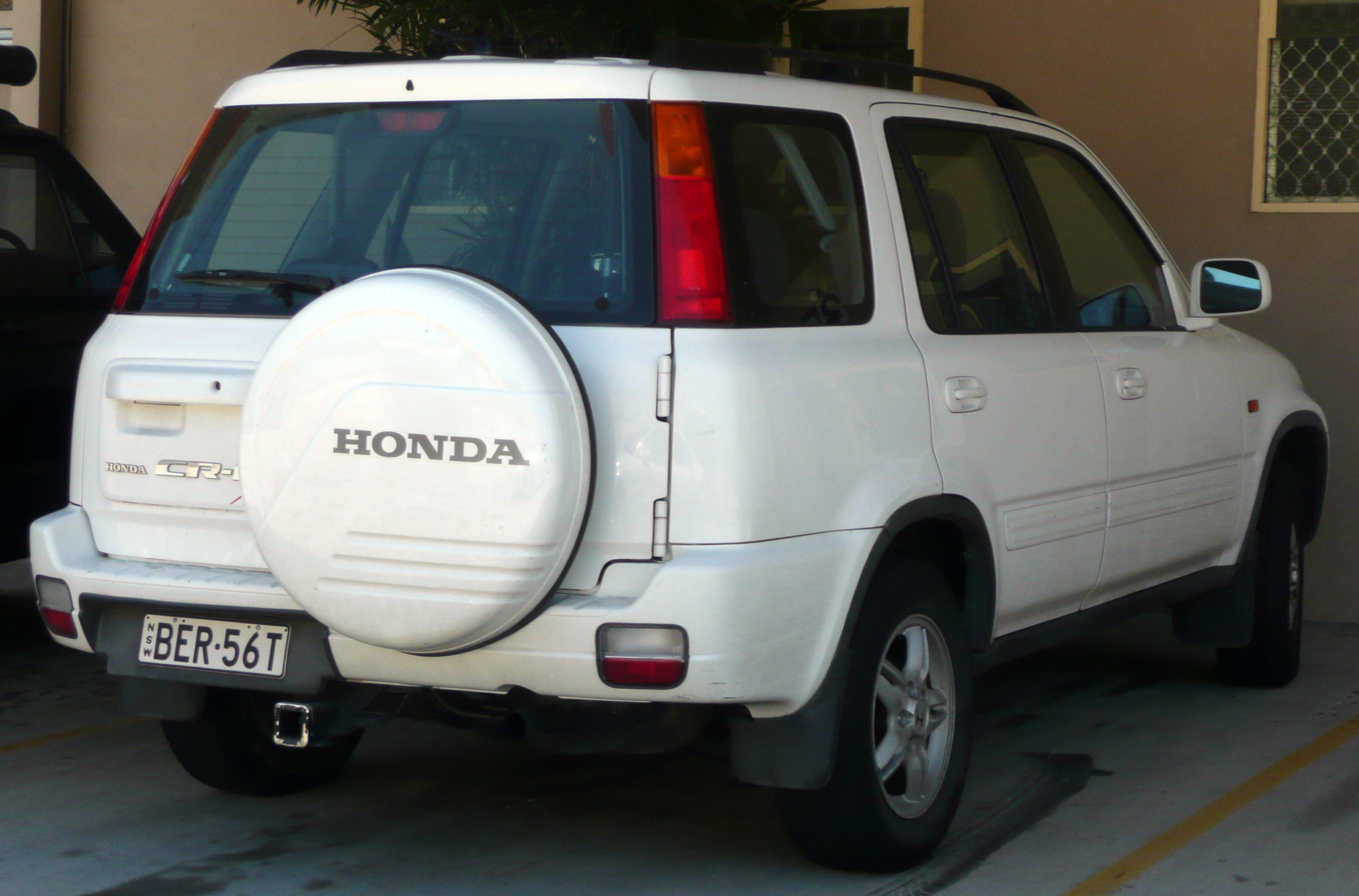 1999-2001_Honda_CR-V_Sport_wagon_01 Take A Look About Honda Cr 100