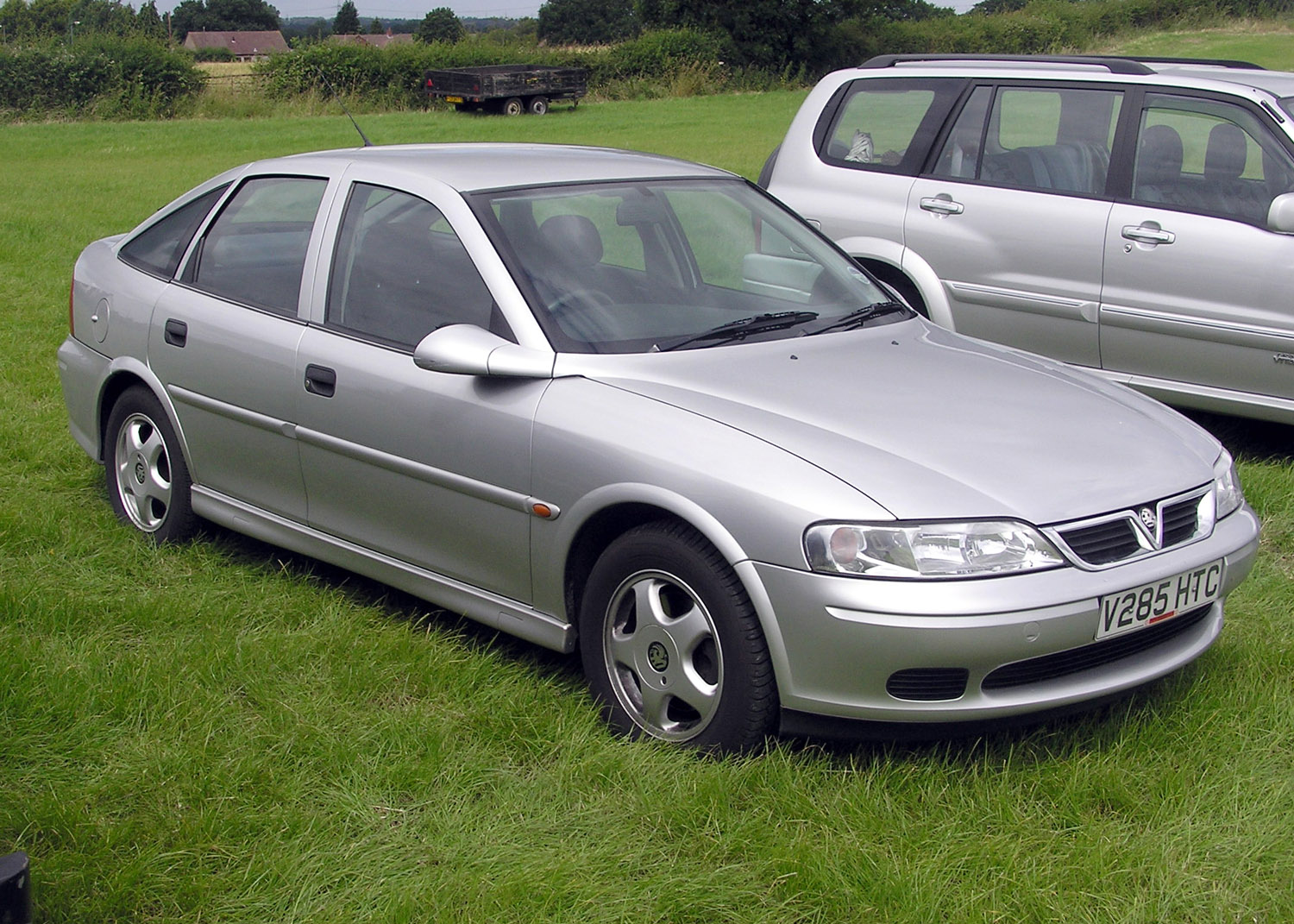 File 2000 Vauxhall Vectra 1point8 Arp Jpg Wikimedia Commons