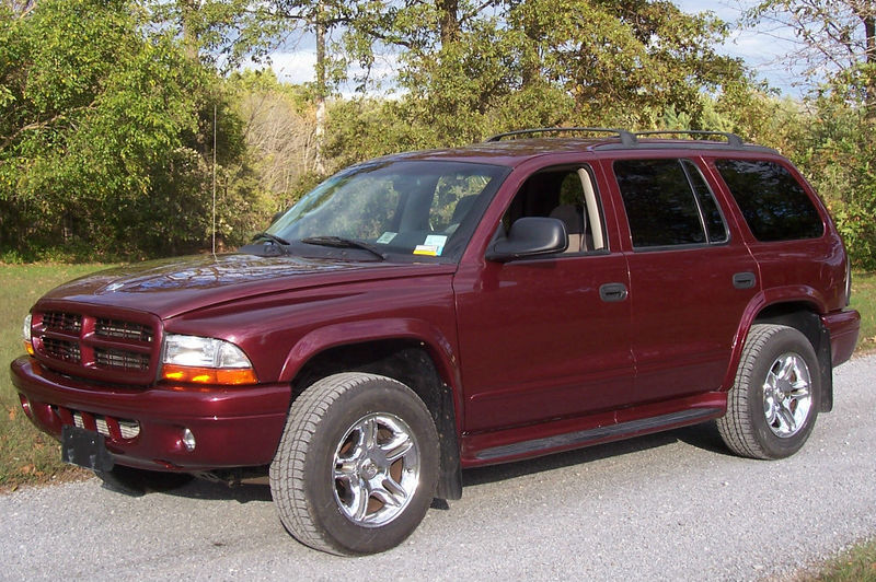 File:2003 Dodge Durango RT.jpg - Wikimedia Commons