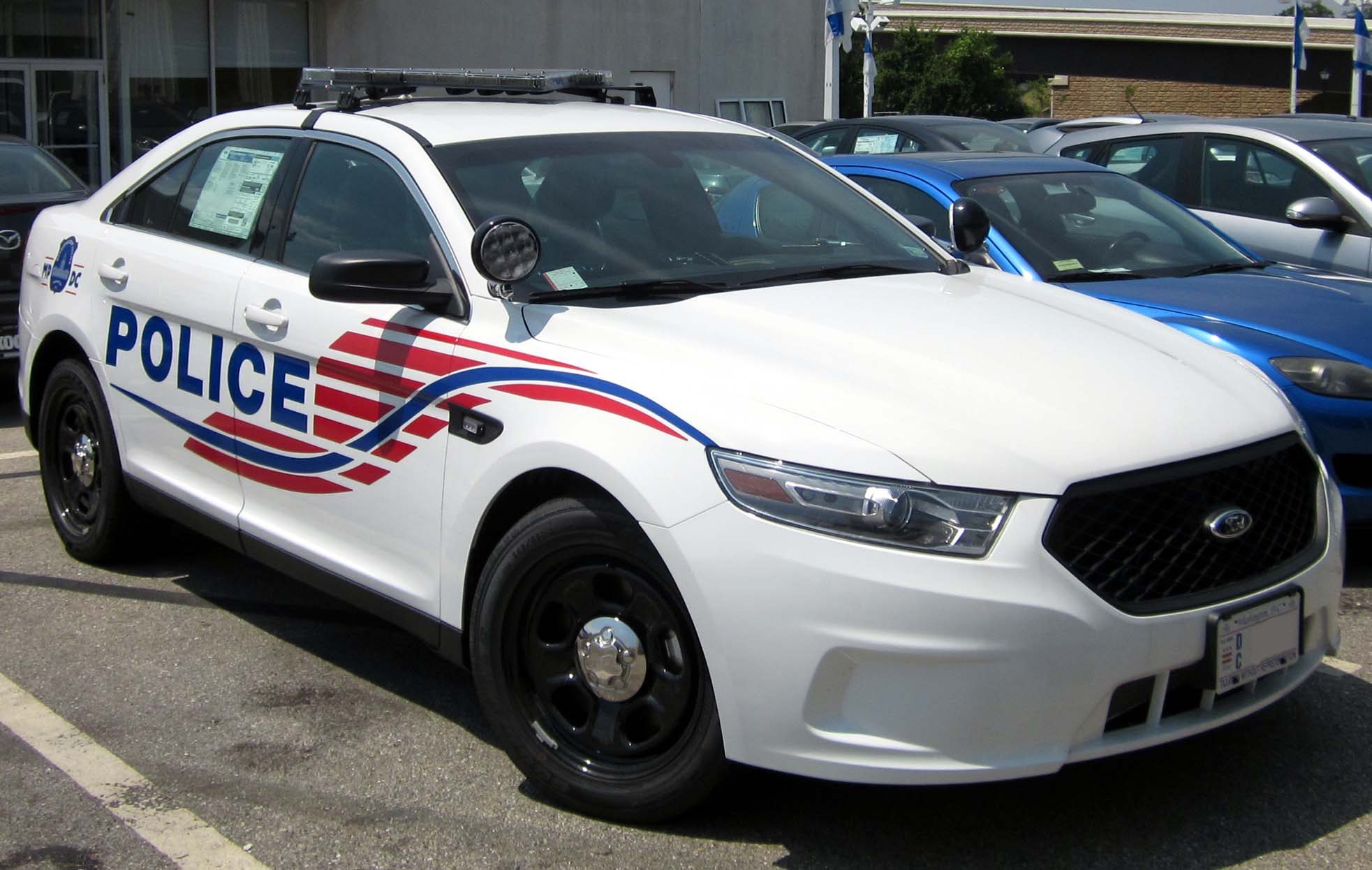 what is a police interceptor package