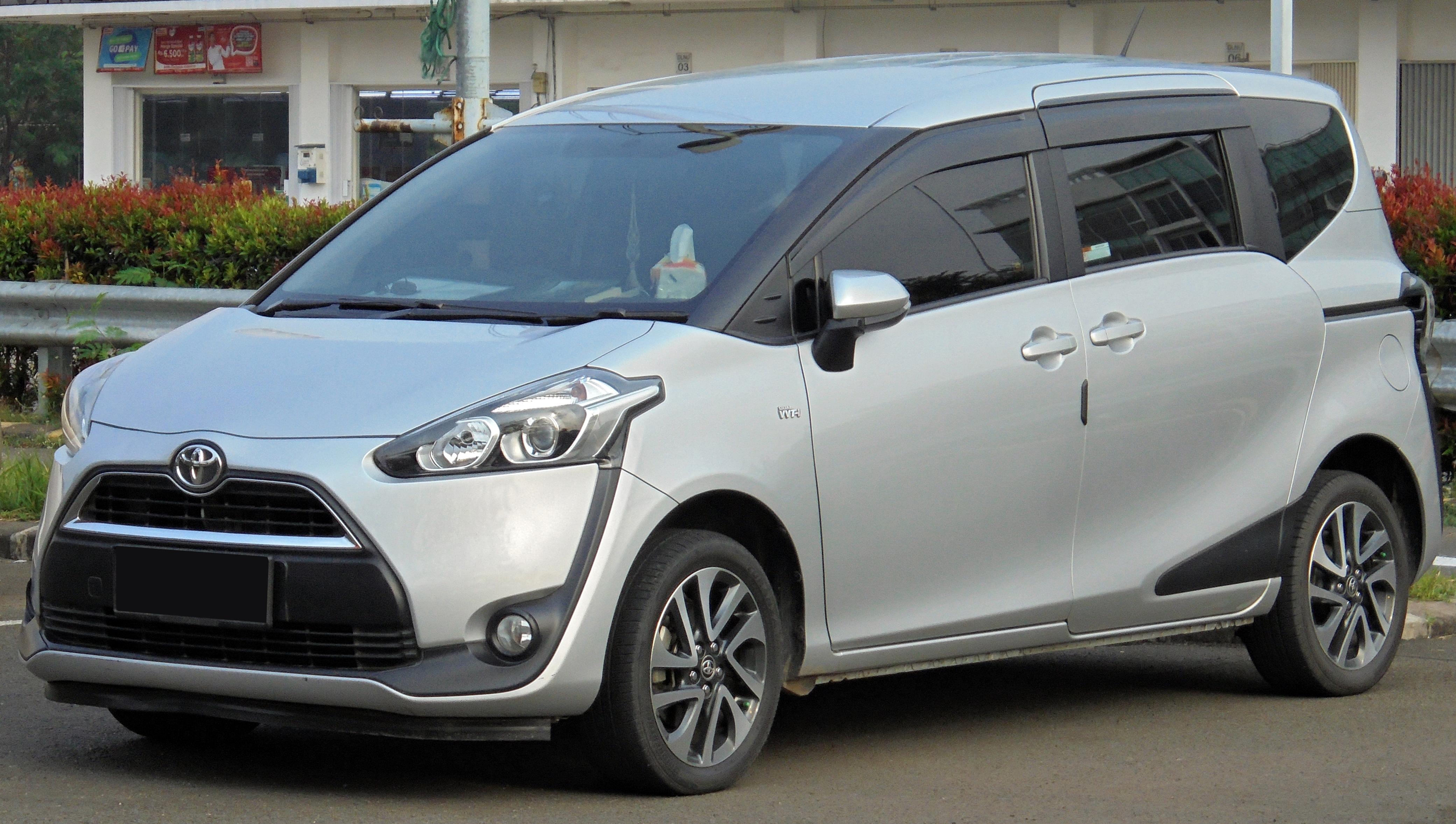 Kekurangan Toyota Sienta 2019 Review