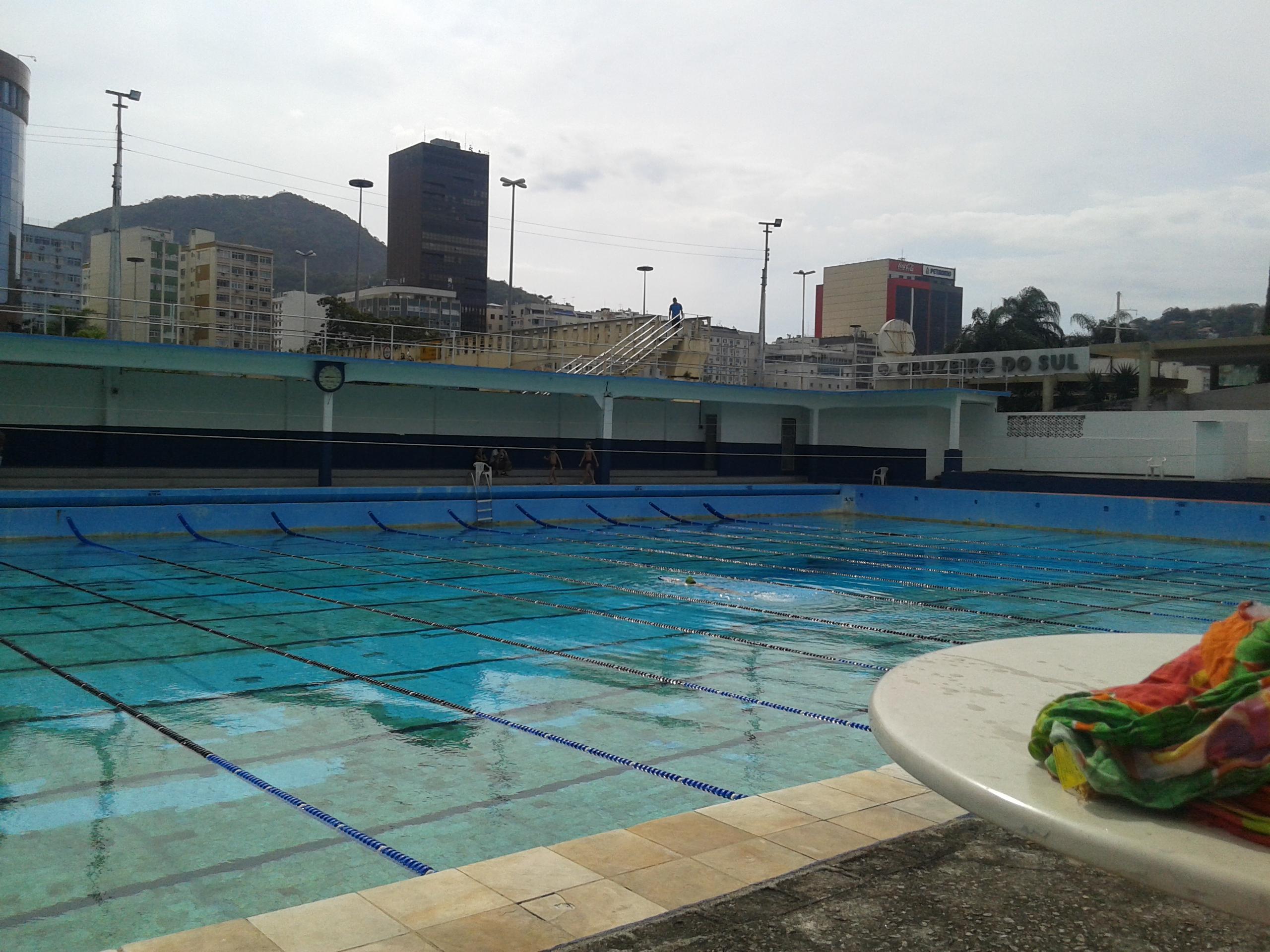 8e3a11273aba7 File 20171007143120 - Piscina Olimpica Centenária - Clube de Regatas  Guanabara - Botafogo - Rio de Janeiro - Brazil.jpg
