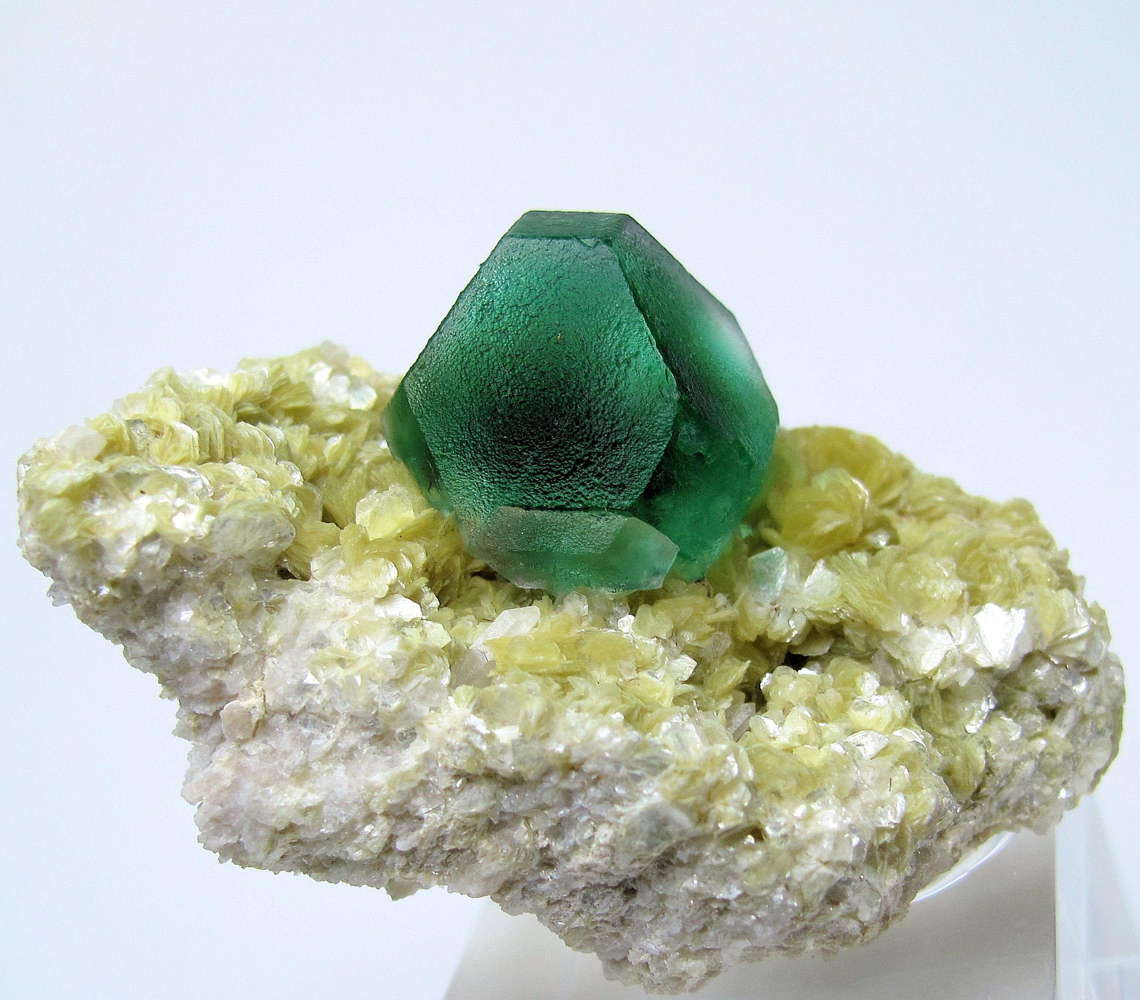 3192M-fluorite1.jpg