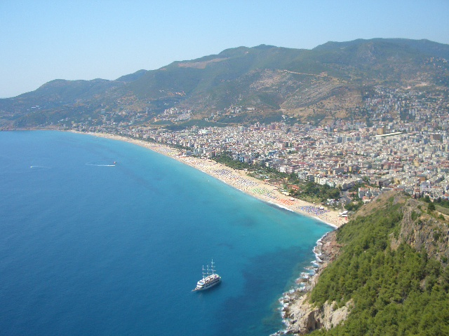 File:Alanya from the Alanya Castle.JPG - Wikimedia Commons