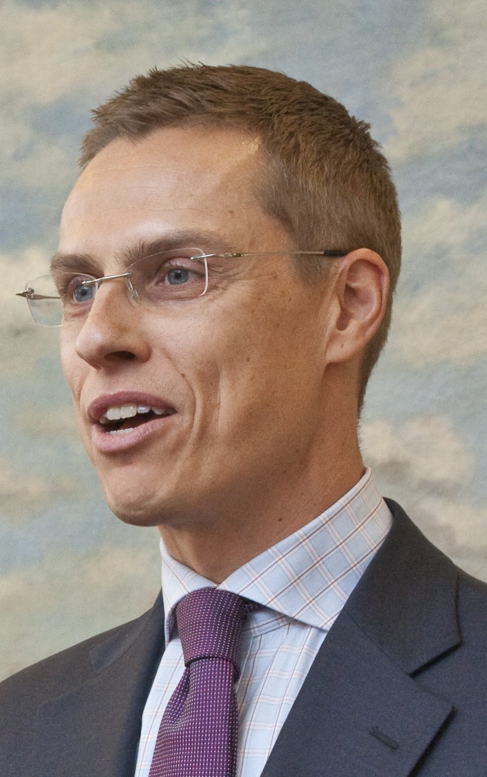 File:Alexander Stubb on February 11, 2011.jpg Facts for Kids | KidzSearch.com