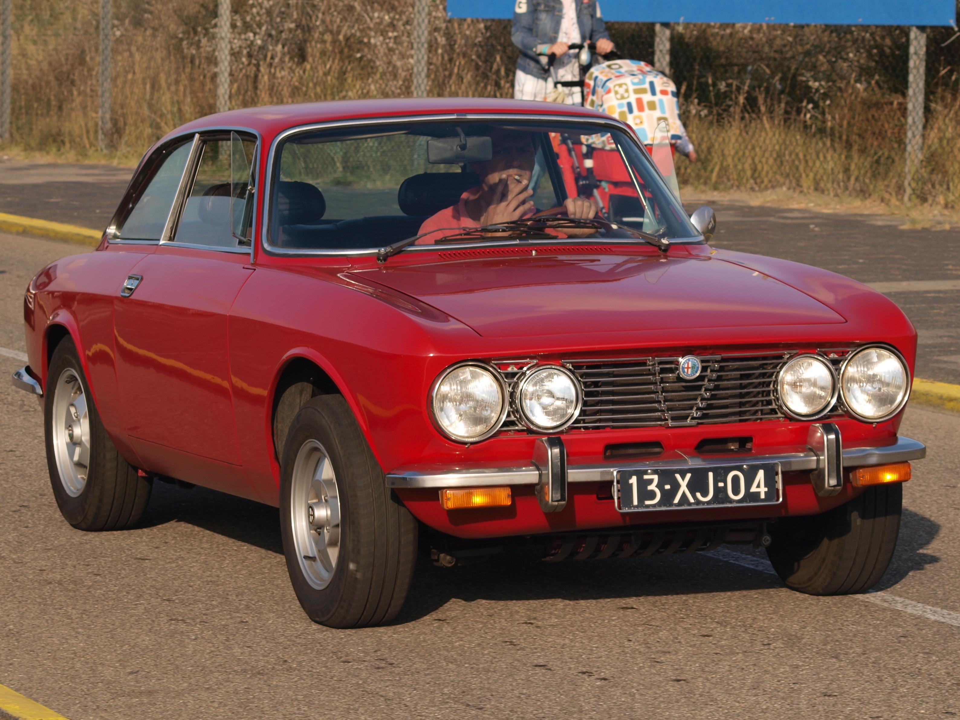 alfa romeo gtv images start 150 WeiLi Automotive Network