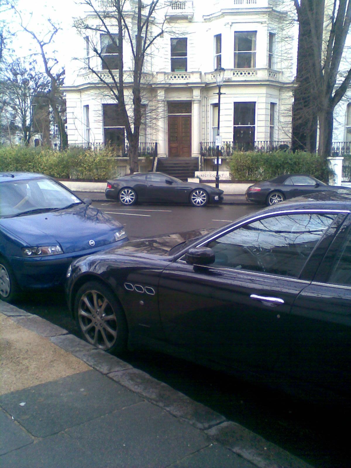 File Aston Martin Vanquish 6 Wikimedia mons