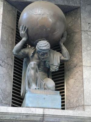 http://upload.wikimedia.org/wikipedia/commons/0/0d/Atlas_sculpture_on_collins_street_melbourne.jpg