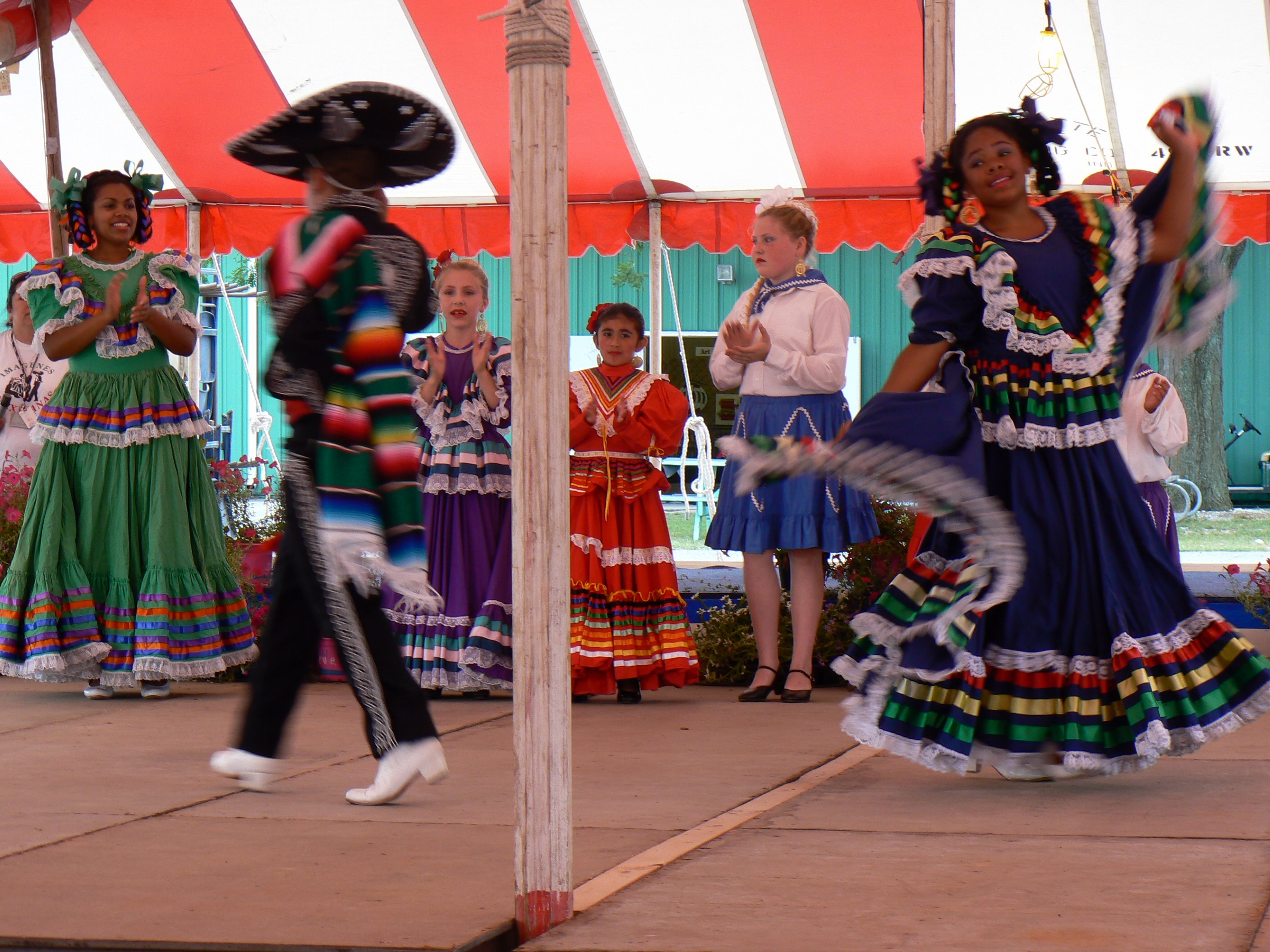 Mexican Hat Dance (Jarabe Tapatío)