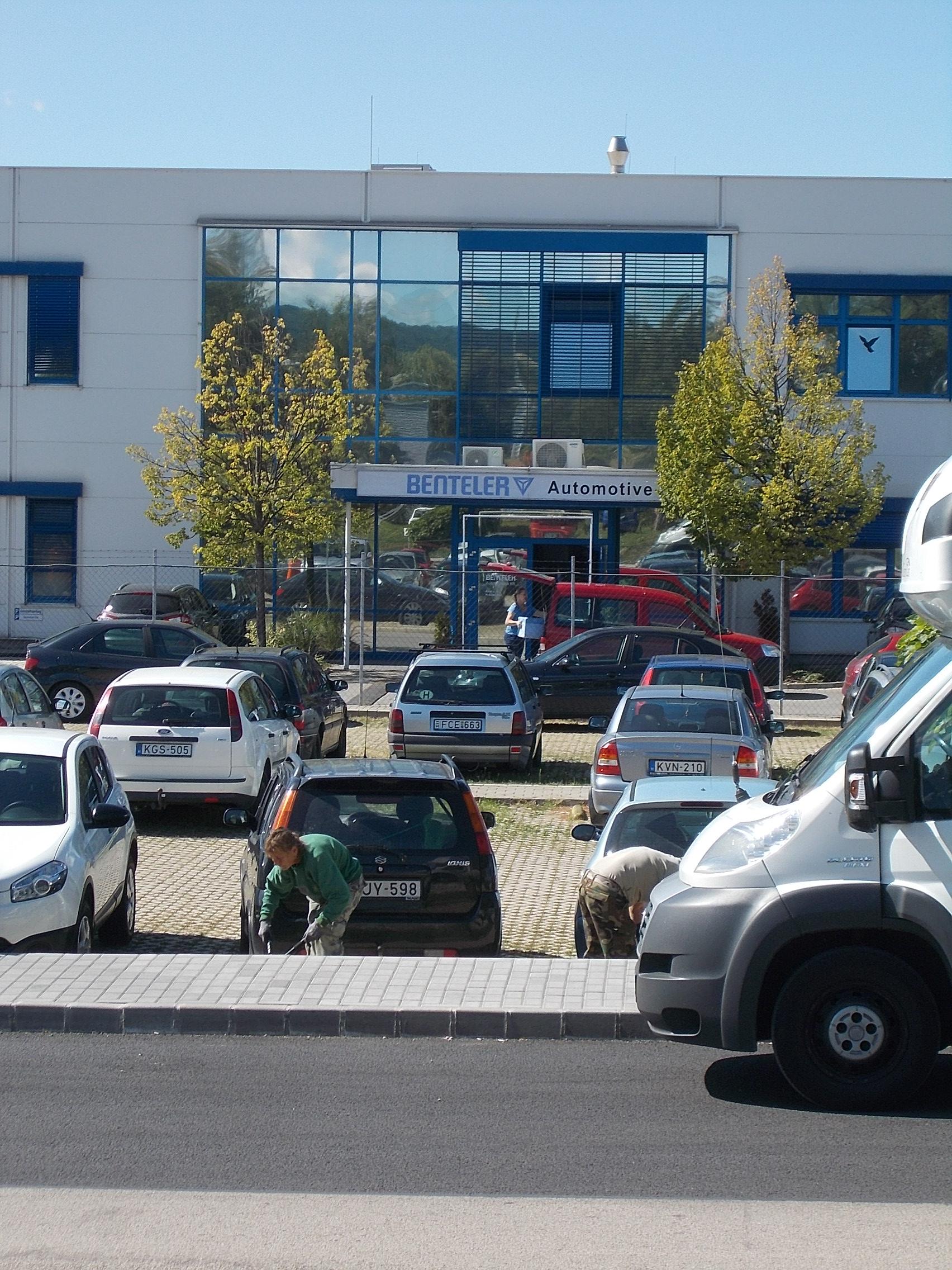 File Benteler Automotive Office 2017 M³r Wikimedia Mons