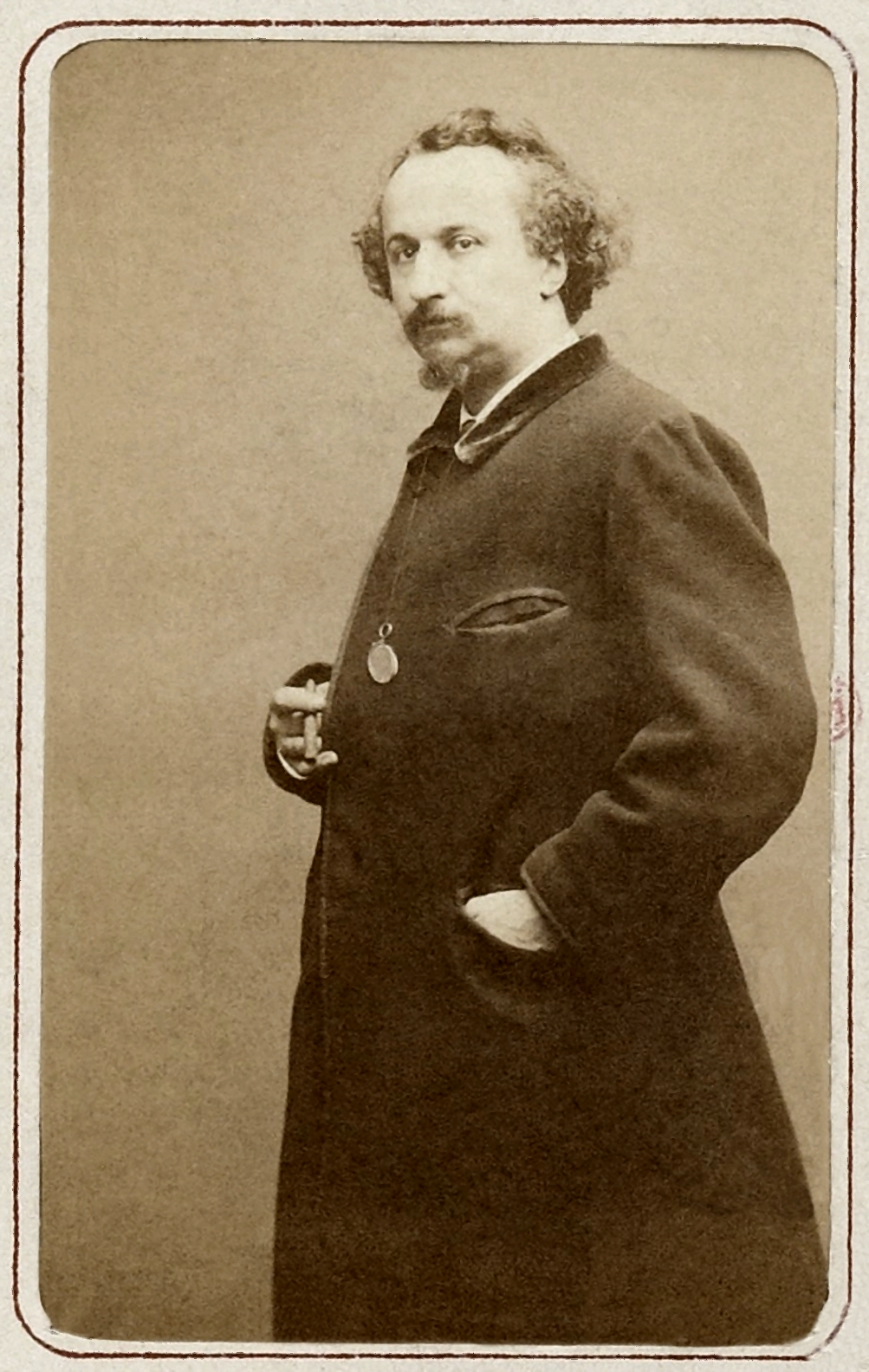 Image of Étienne Carjat from Wikidata
