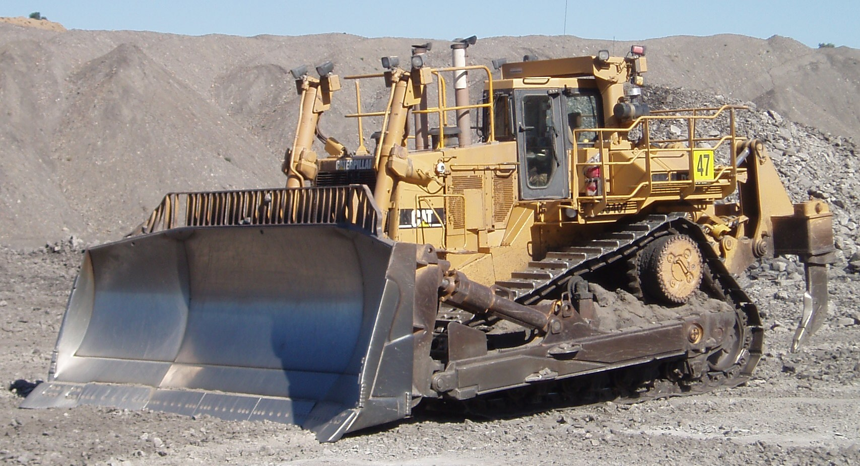 Caterpillar D11 - Wikipedia