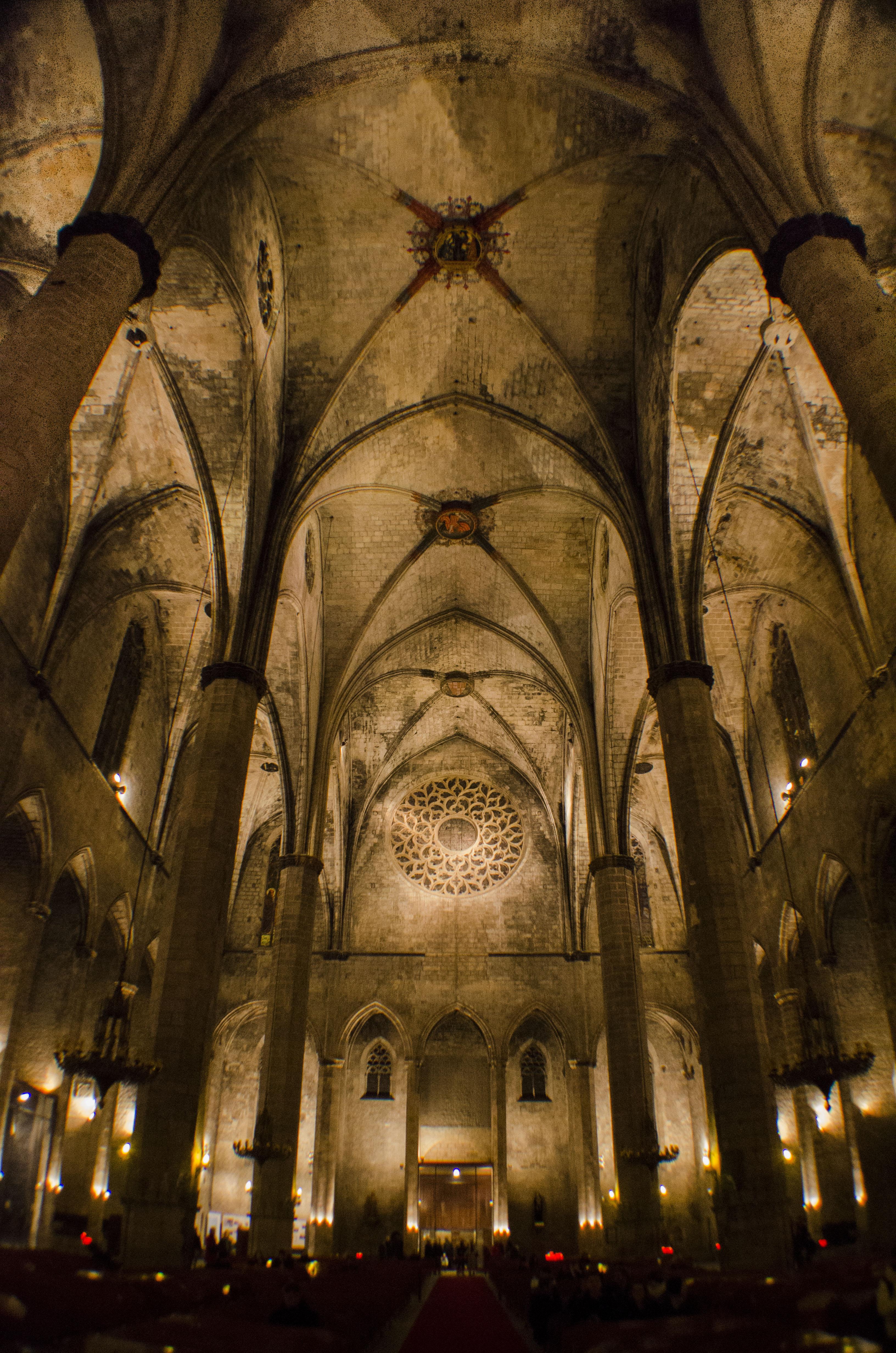 File Catedral De Barcelona Interior 3 Jpg Wikimedia Commons