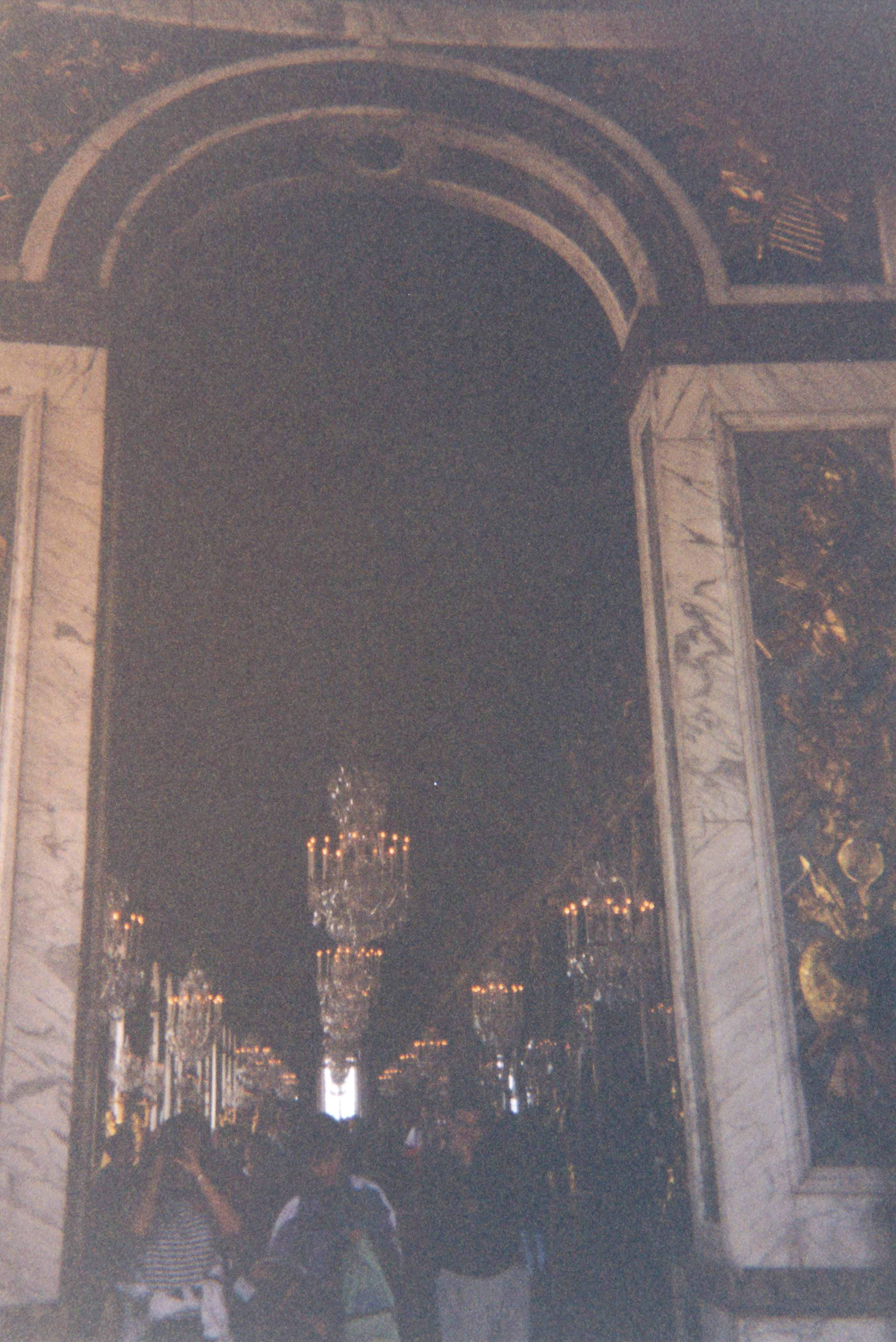 File:Château De Versailles   Intérieur (Versailles) (1)