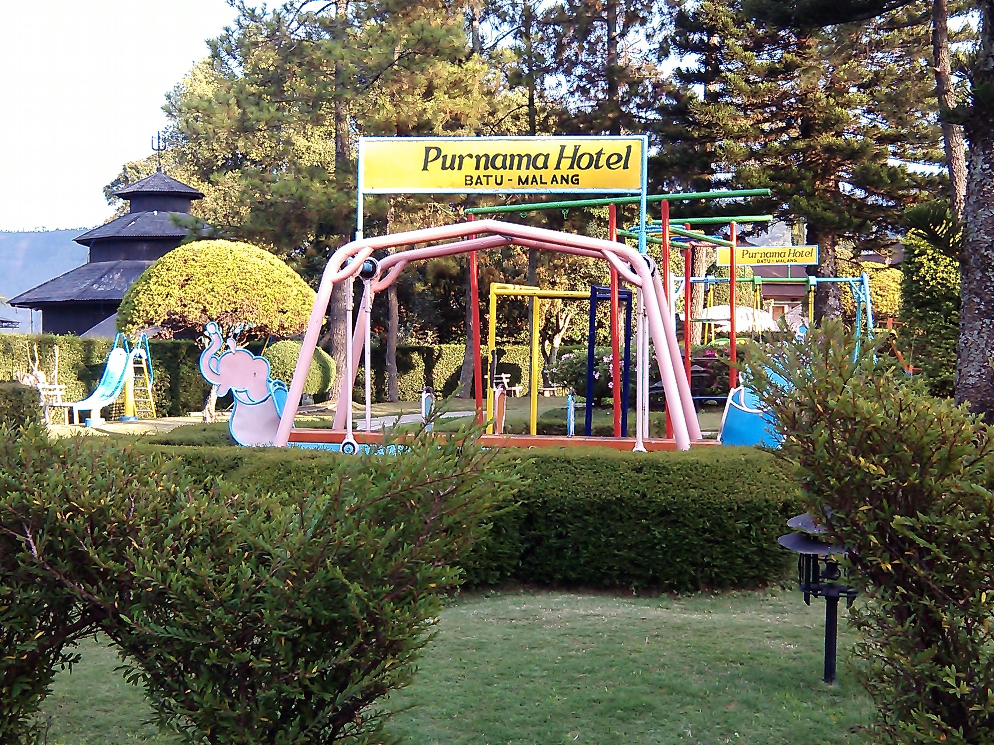 File Children Playground At Purnama Hotel Batu Panoramio Jpg Wikimedia Commons