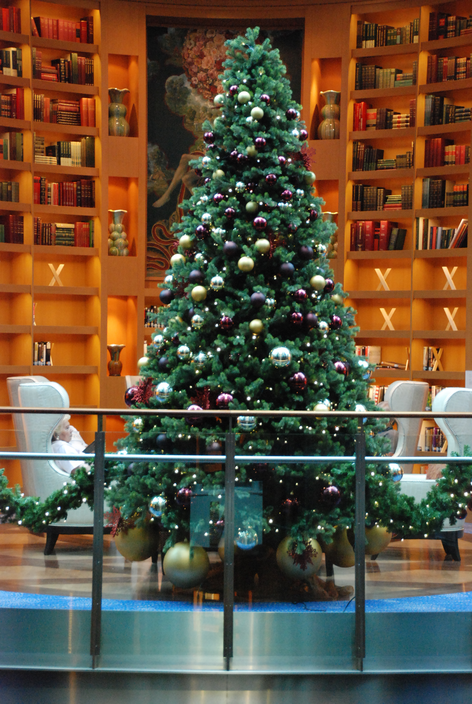 File Christmas Tree in Library Aboard the Celebrity Equinox before