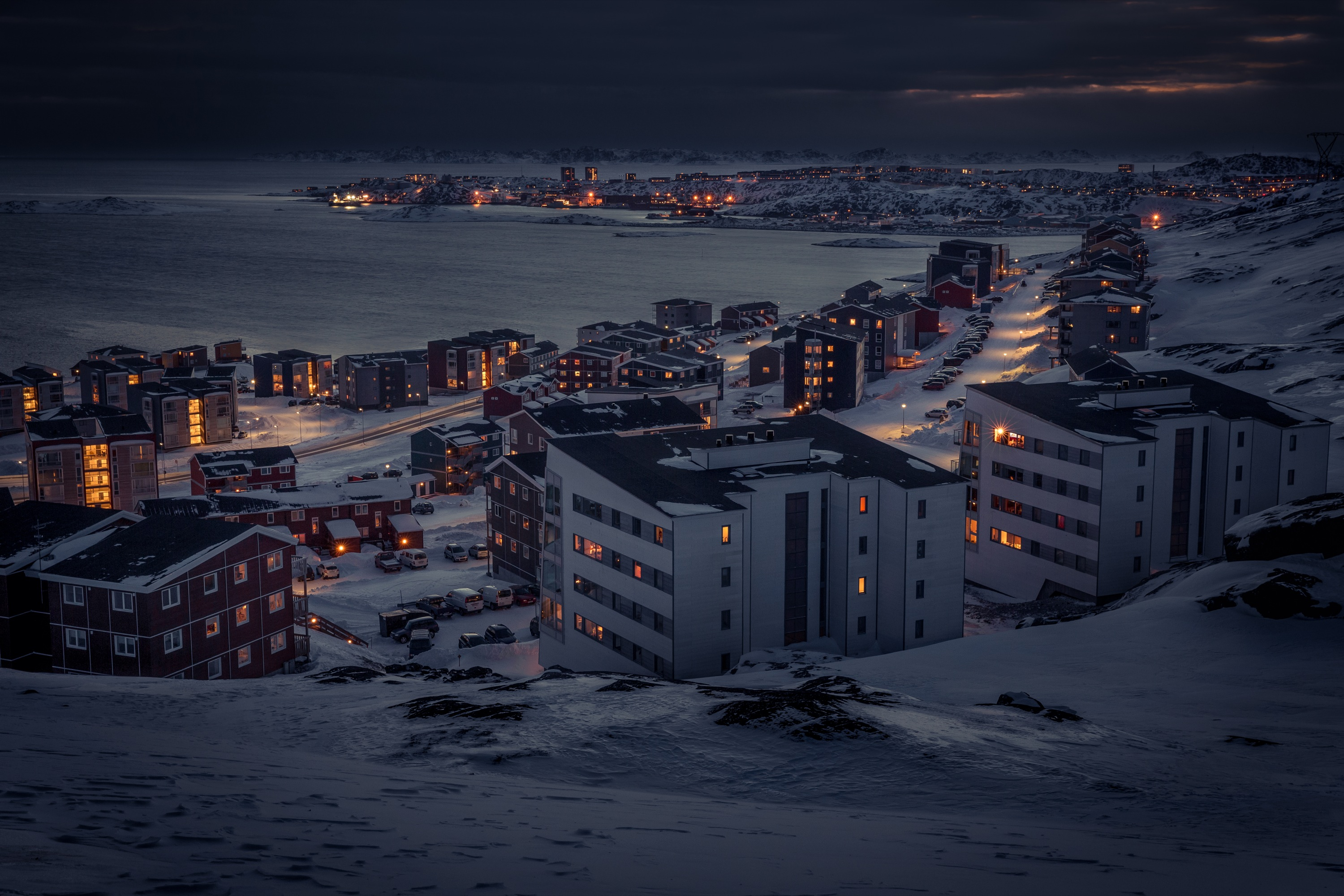 File:Colorful-nuuk2.jpg - Wikimedia Commons