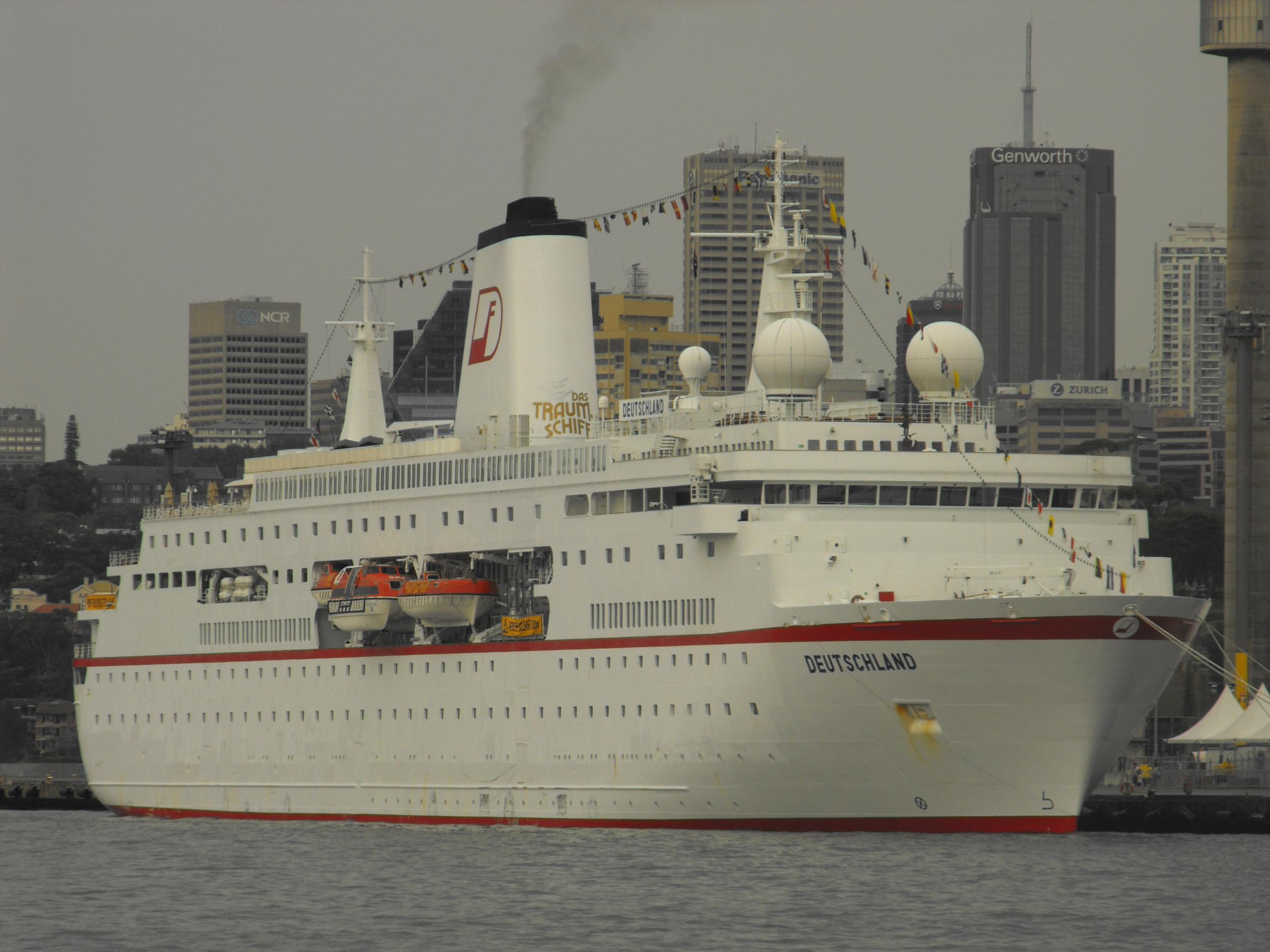 FileCruise Ship Deutschland Sydneyjpg  Wikimedia Commons