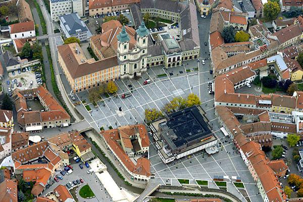 Dobó István tér