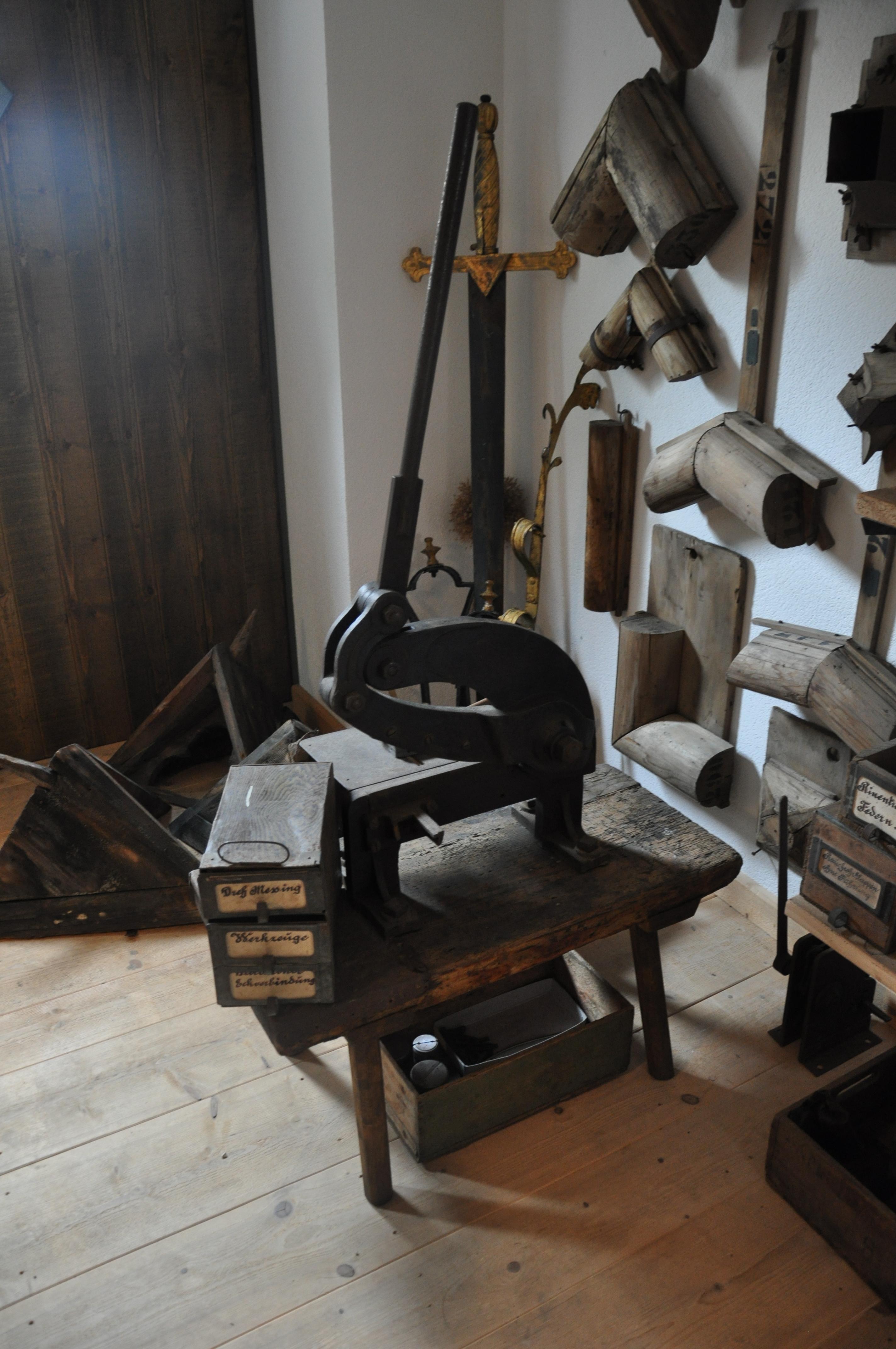 Datei Flaschnerei Huber Historische Werkstatt 21 –
