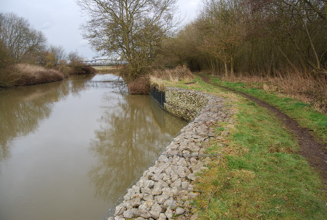 Gabion boxes on the River Medway - geograph.org.uk - 1159165