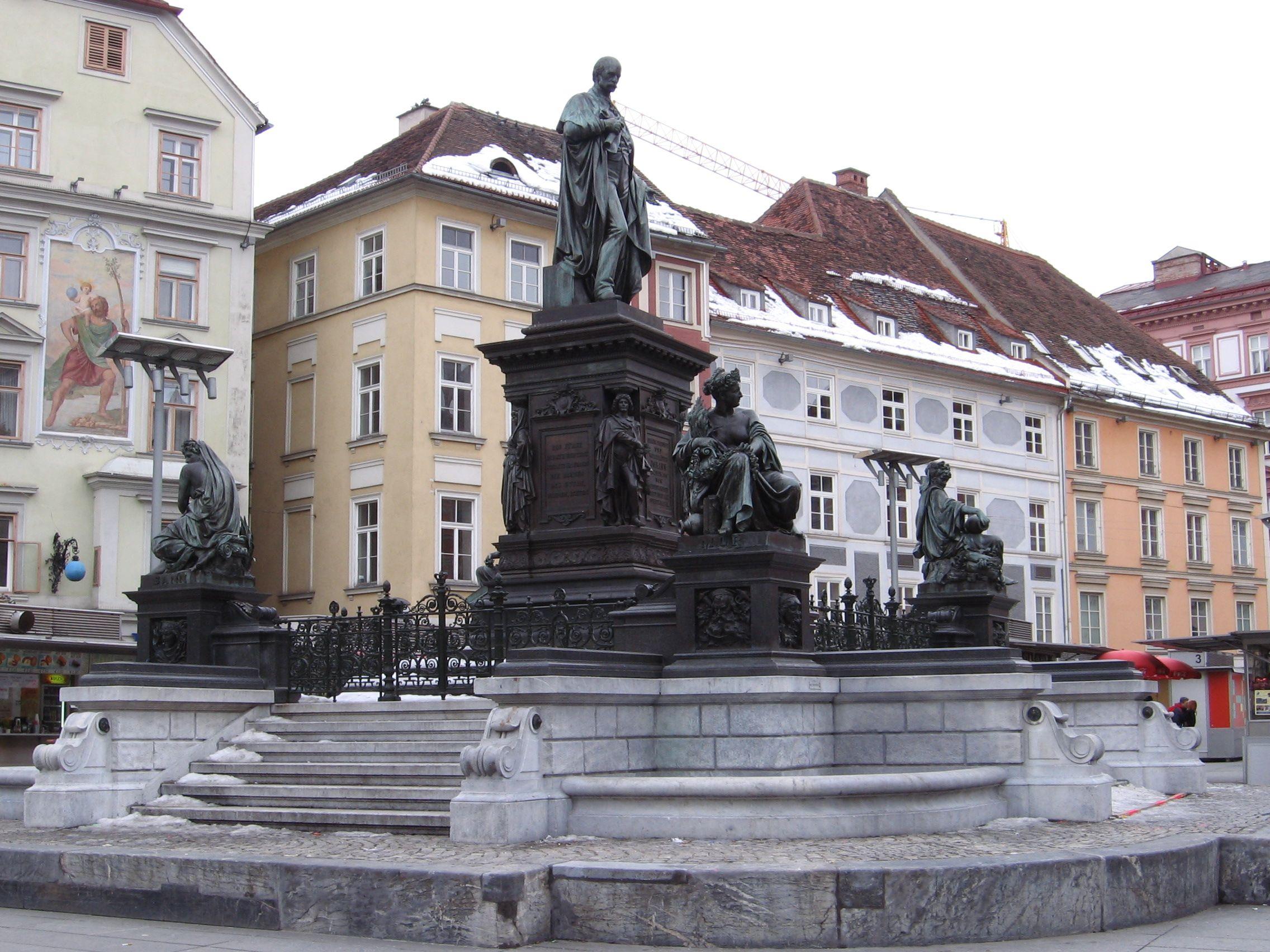 Erzherzog-Johann-Brunnen am Hauptplatz