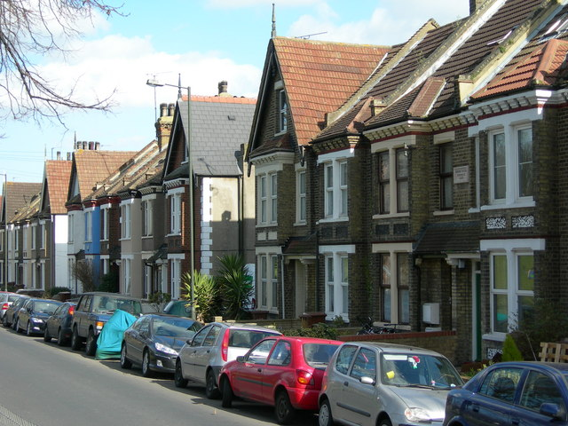 File:Houses on Northcote Road, Strood (1) - geograph.org.uk - 1259356.jpg