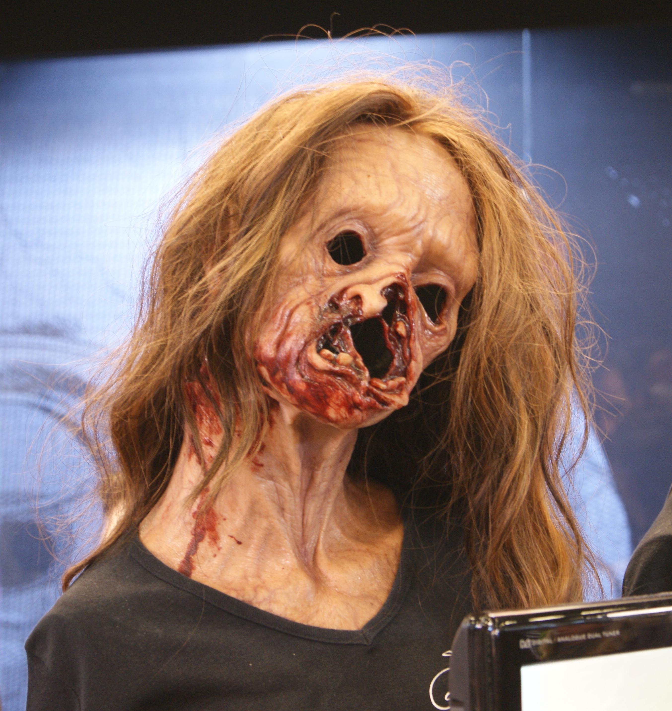 Fichier:L13 - Masque d'horreur.